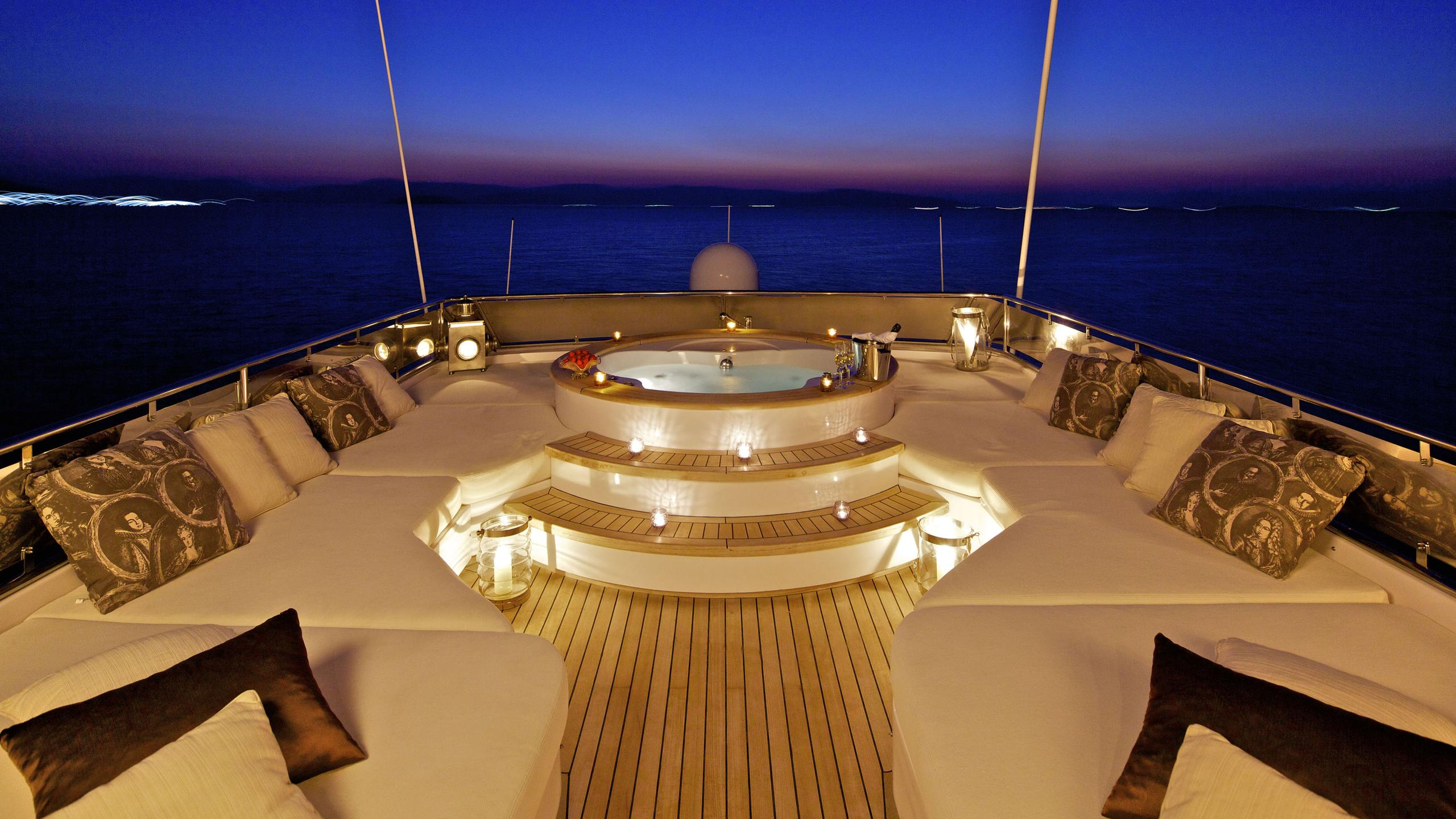 orion-yacht-jacuzzi-night-time