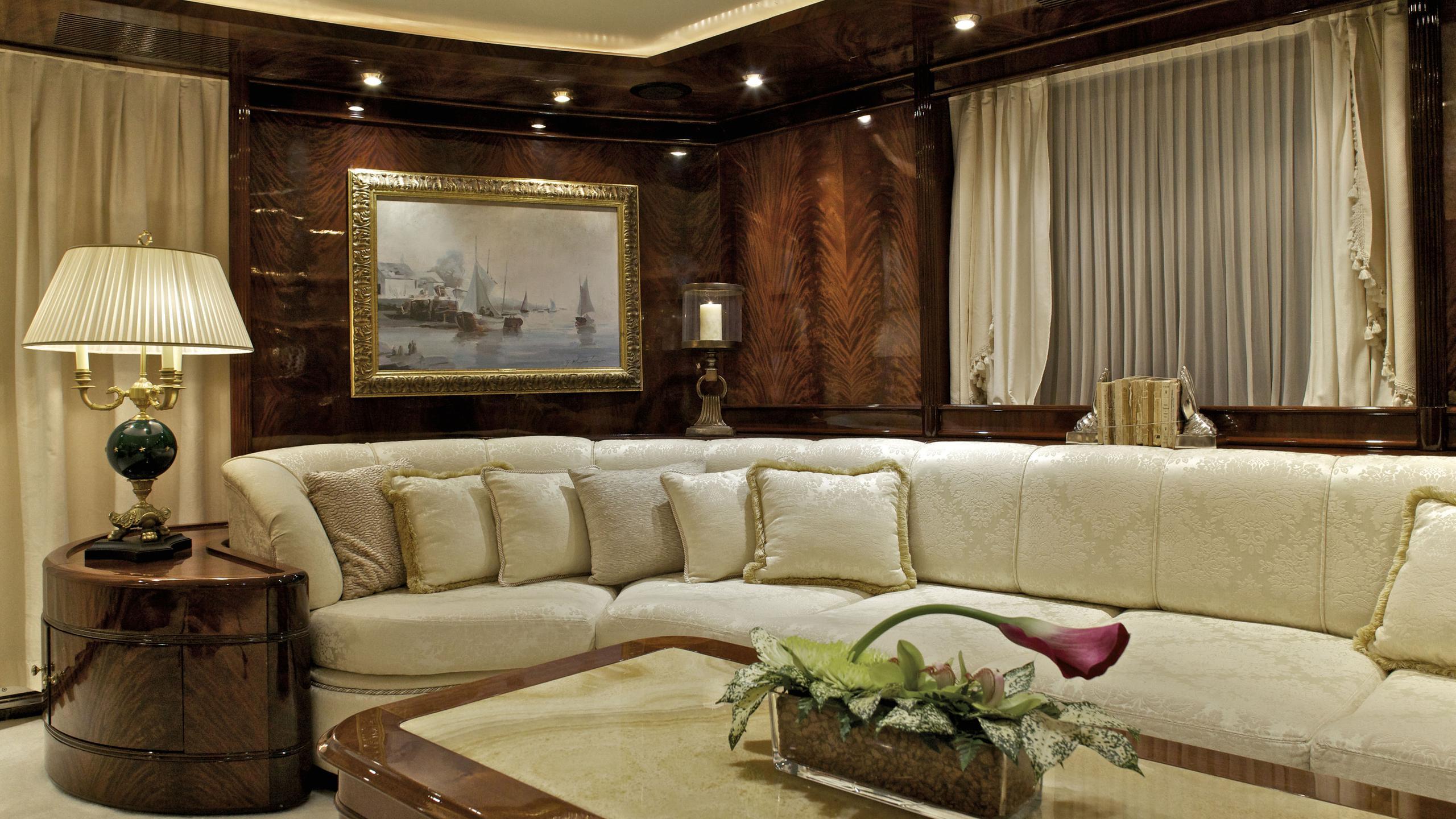 orion-yacht-saloon