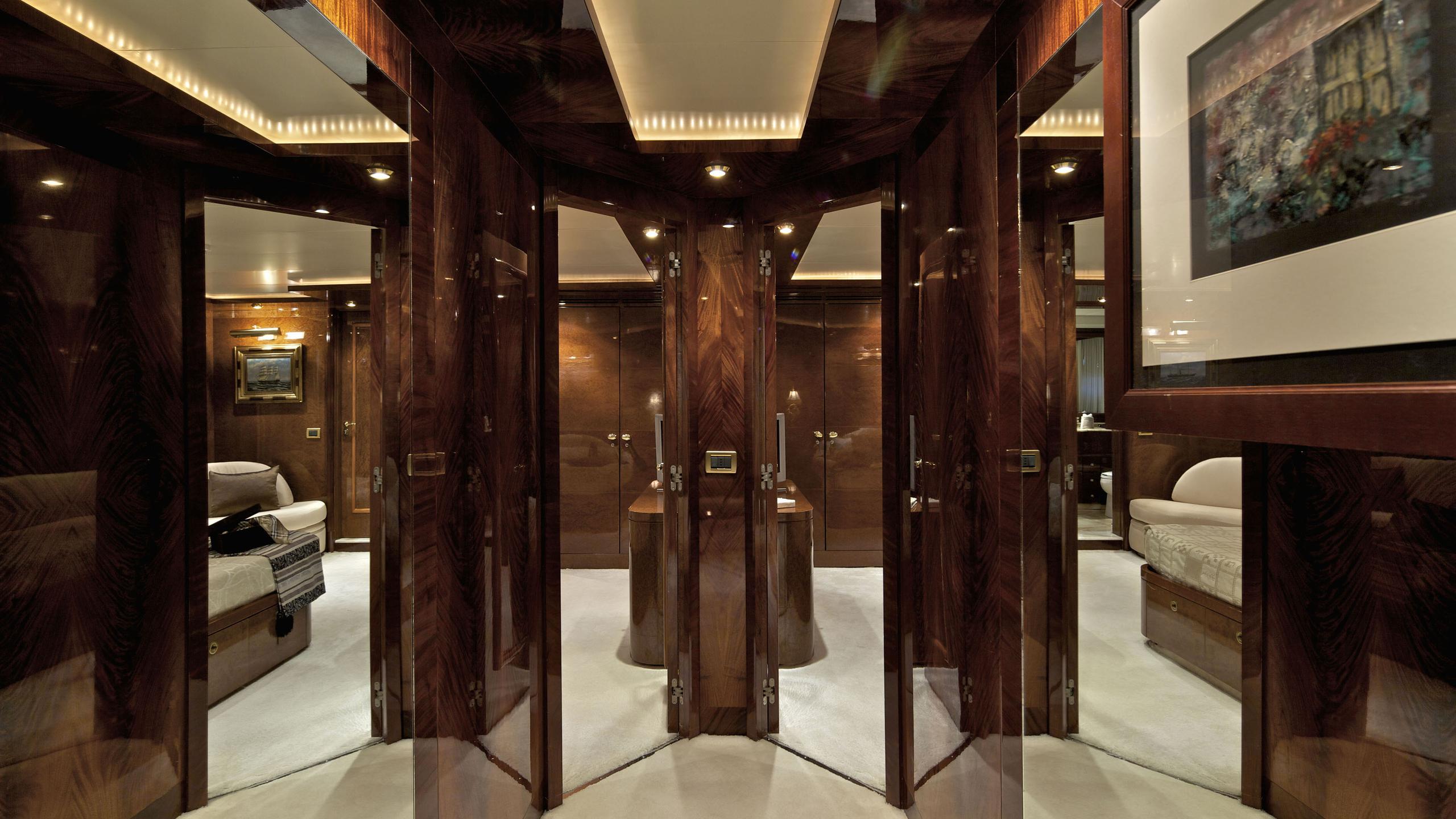 orion-yacht-hallway