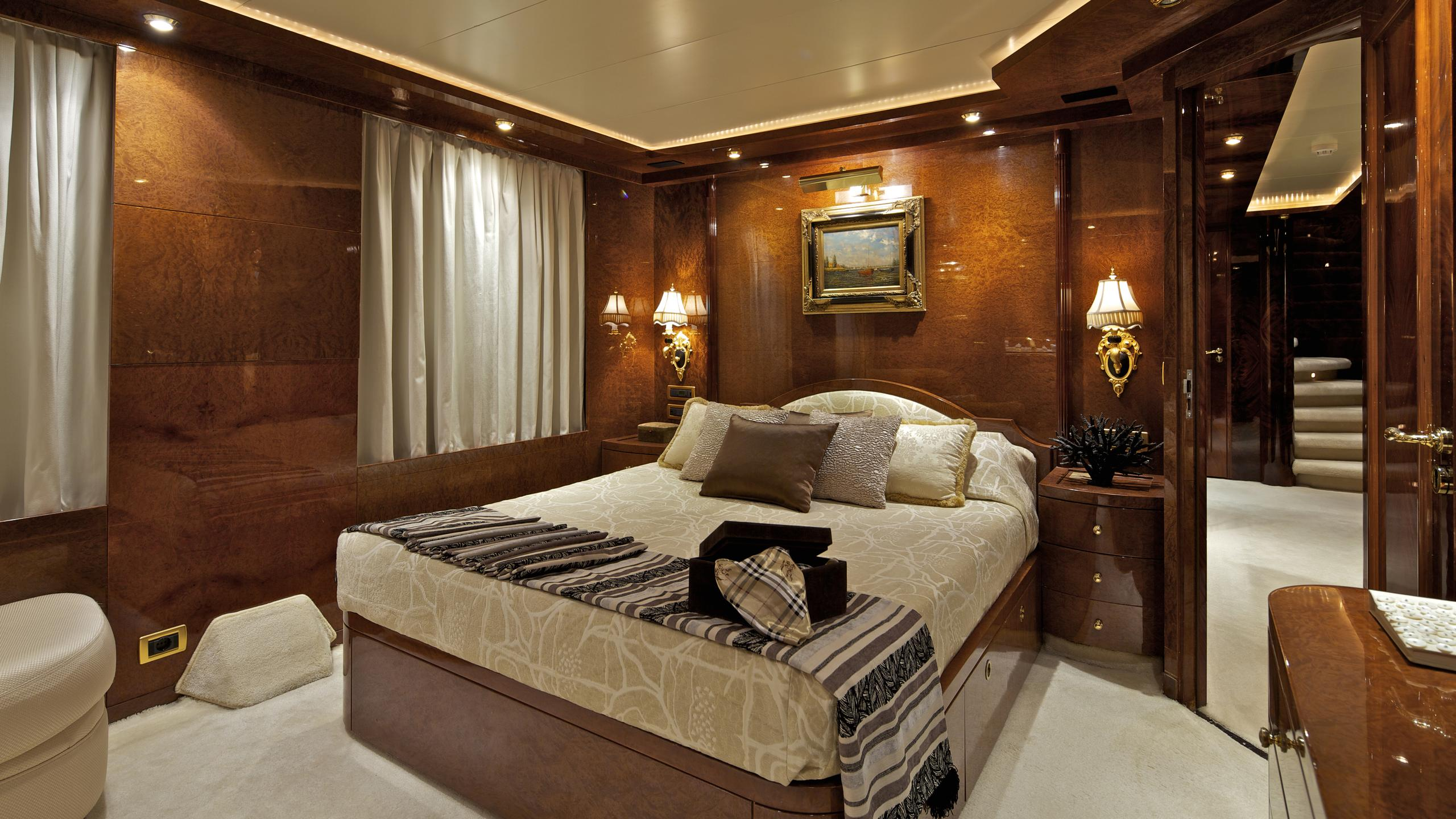 orion-yacht-vip-cabin