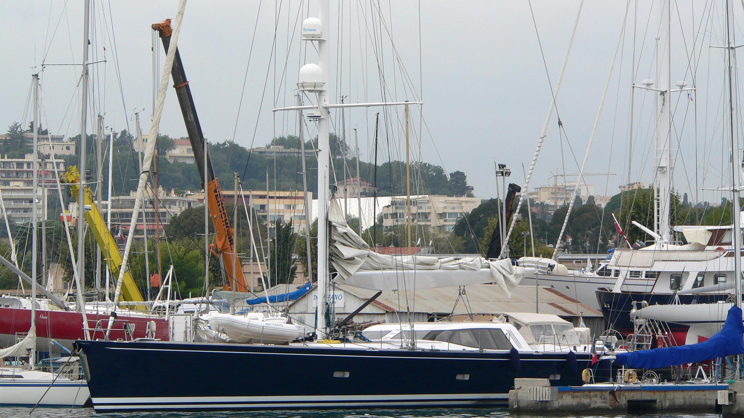 vaimiti-yacht-exterior