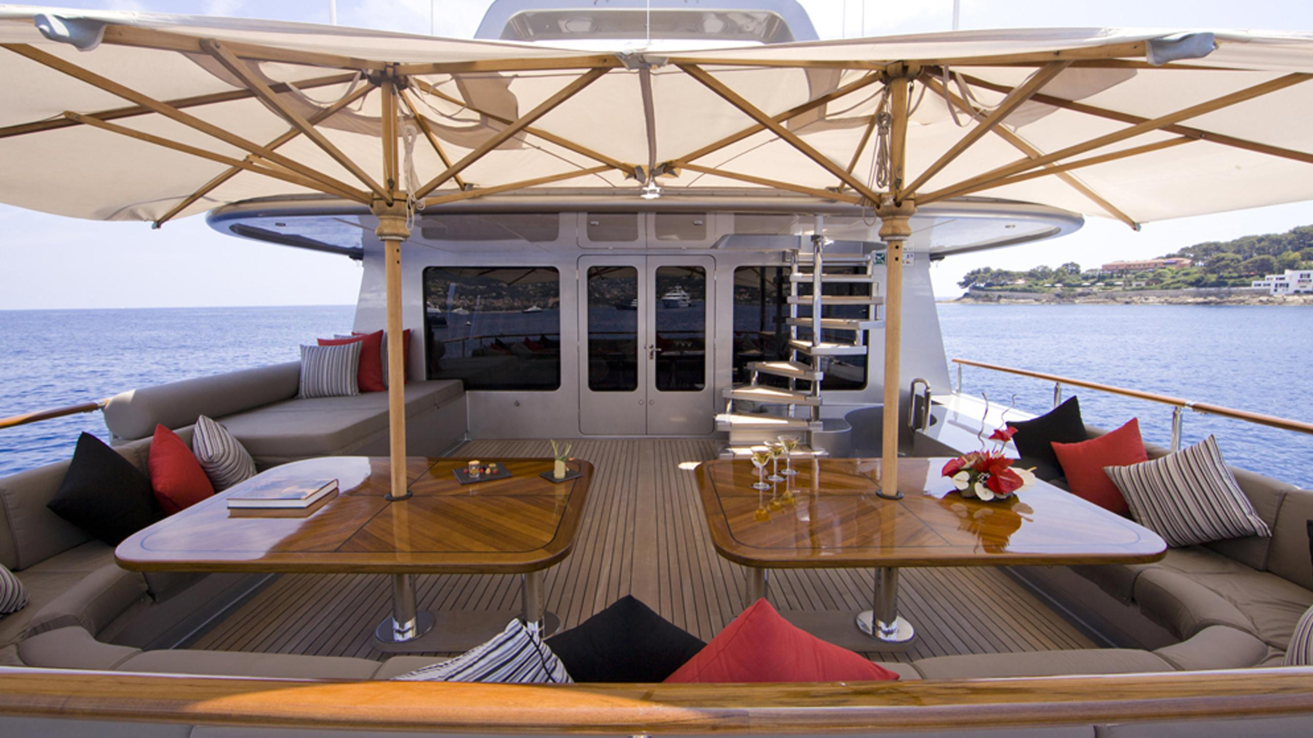 silver-dream-yacht-aft-dining