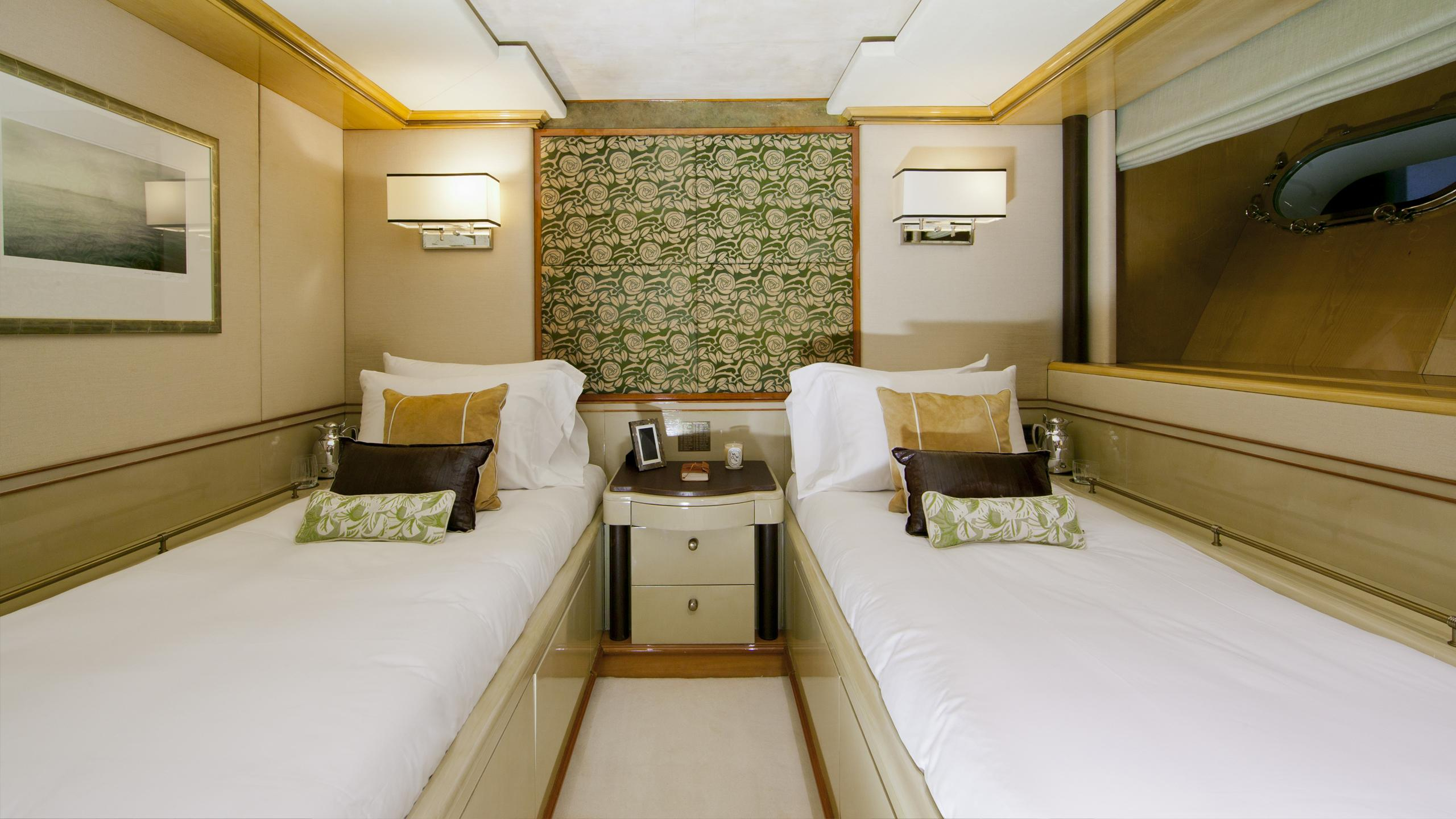 il-sole-yacht-twin-cabin