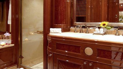 aura wild thyme motoryacht benetti 37m 2006 bathroom