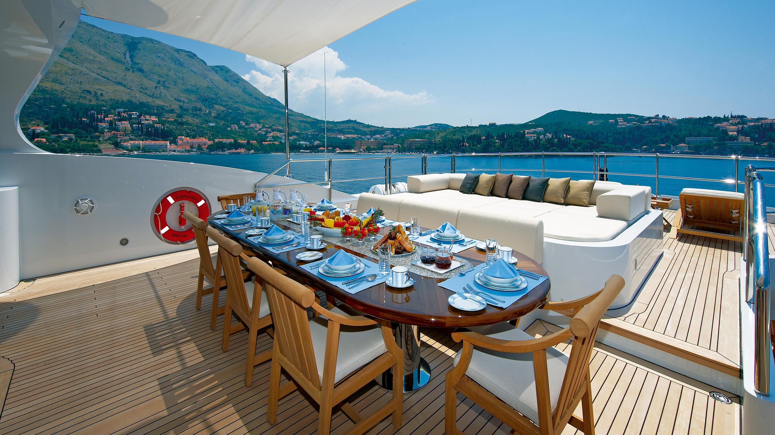 andreas-l-yacht-fly-deck-dining