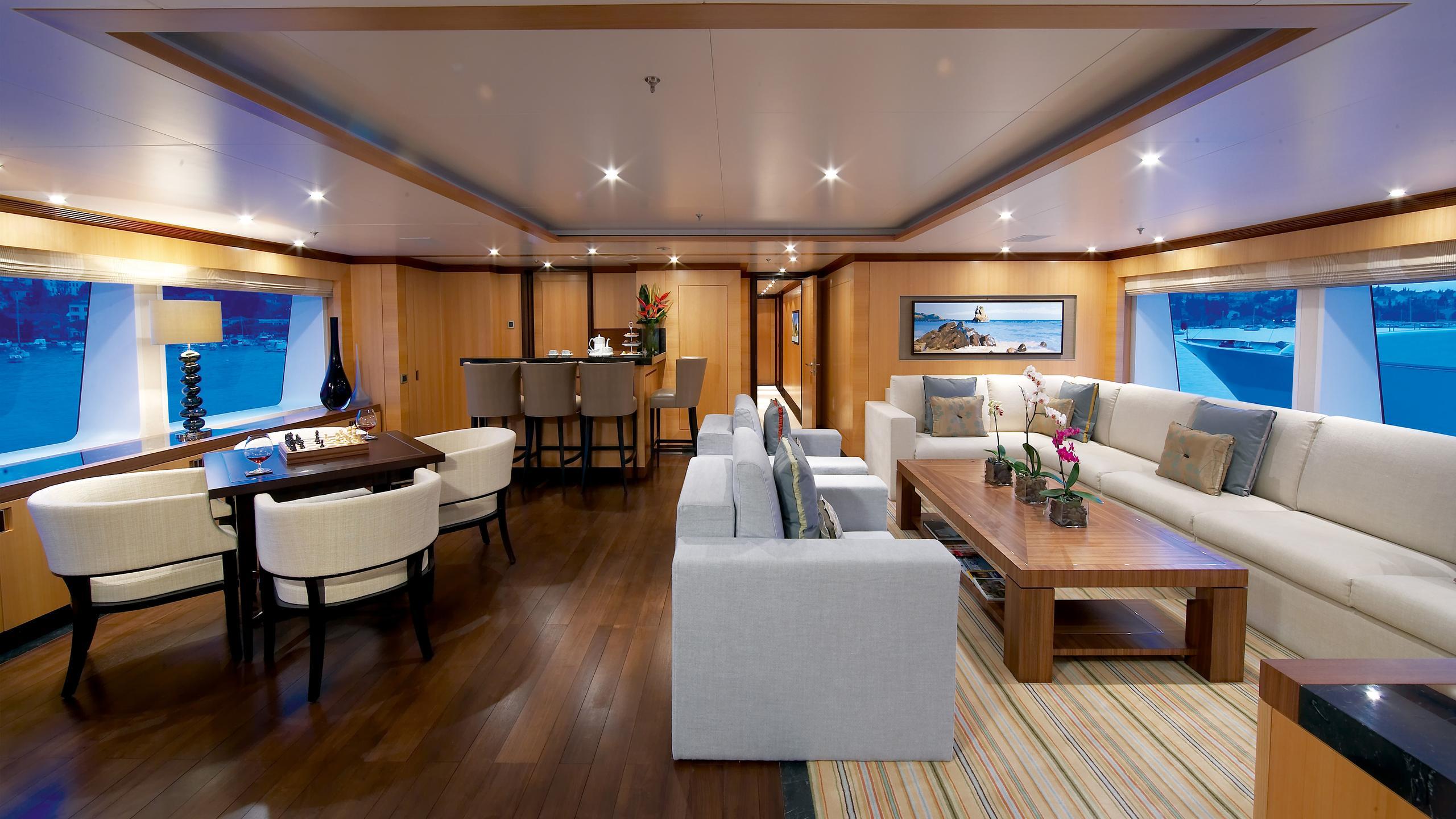 andreas-l-yacht-saloon