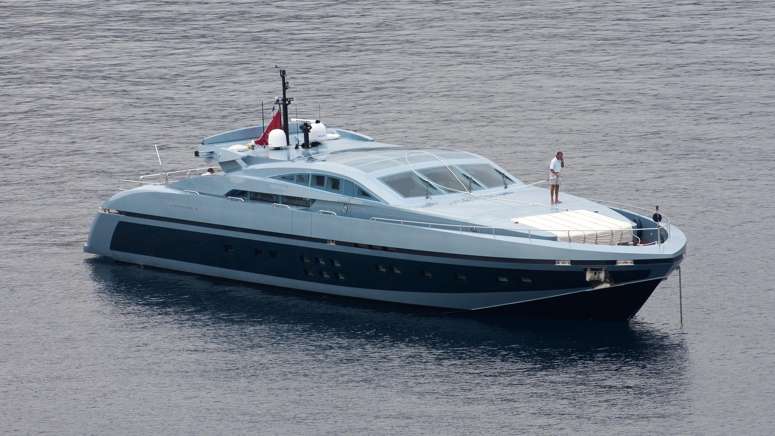 blue-princess-star-yacht-exterior