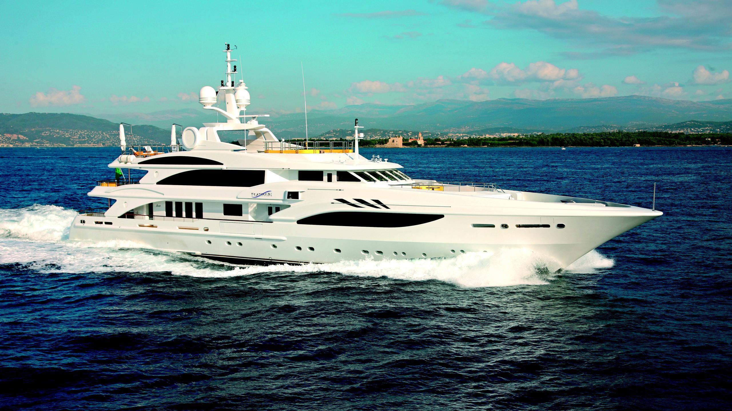 platinum-yacht-for-sale-profile