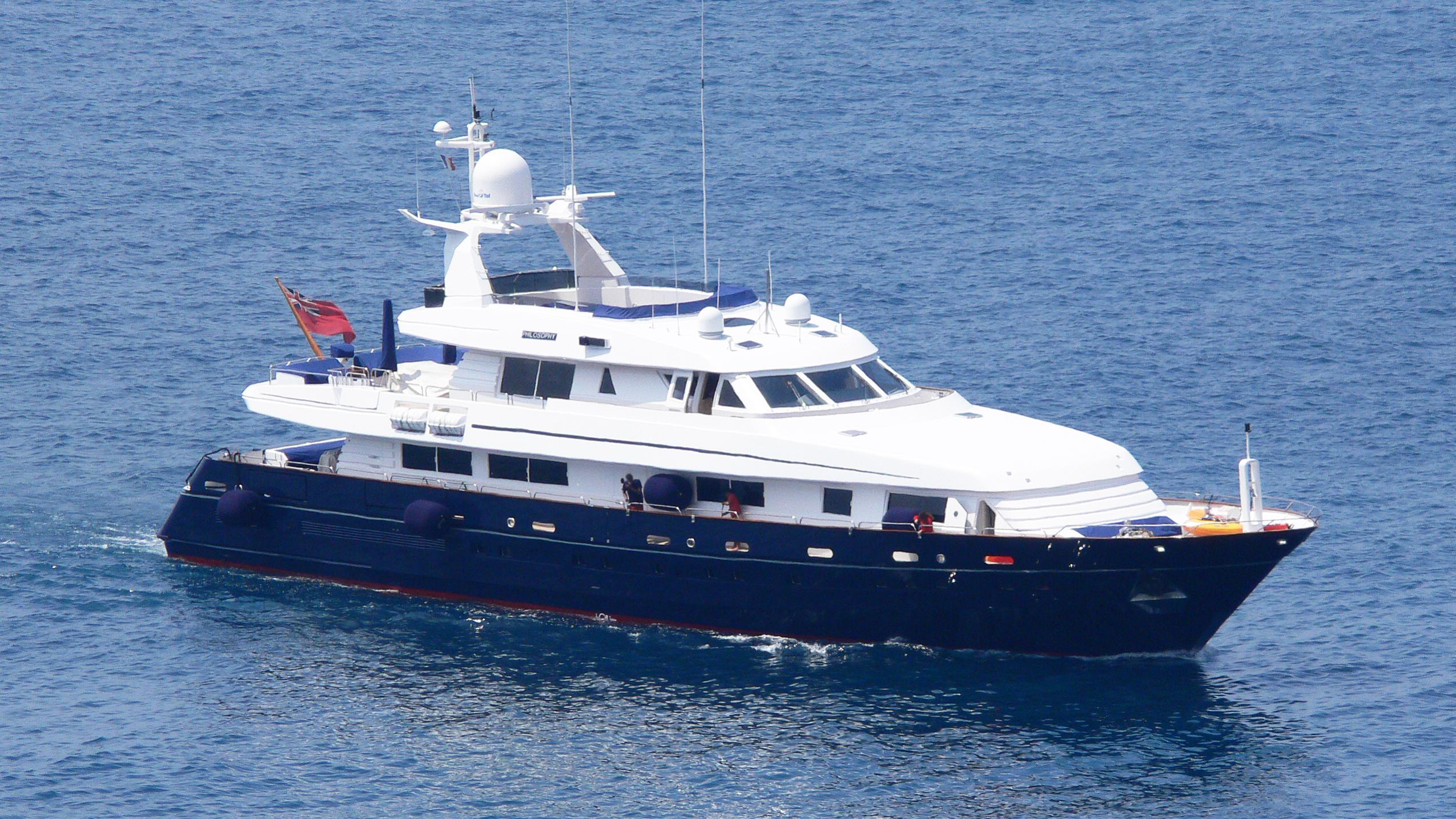 philosophy-yacht-exterior
