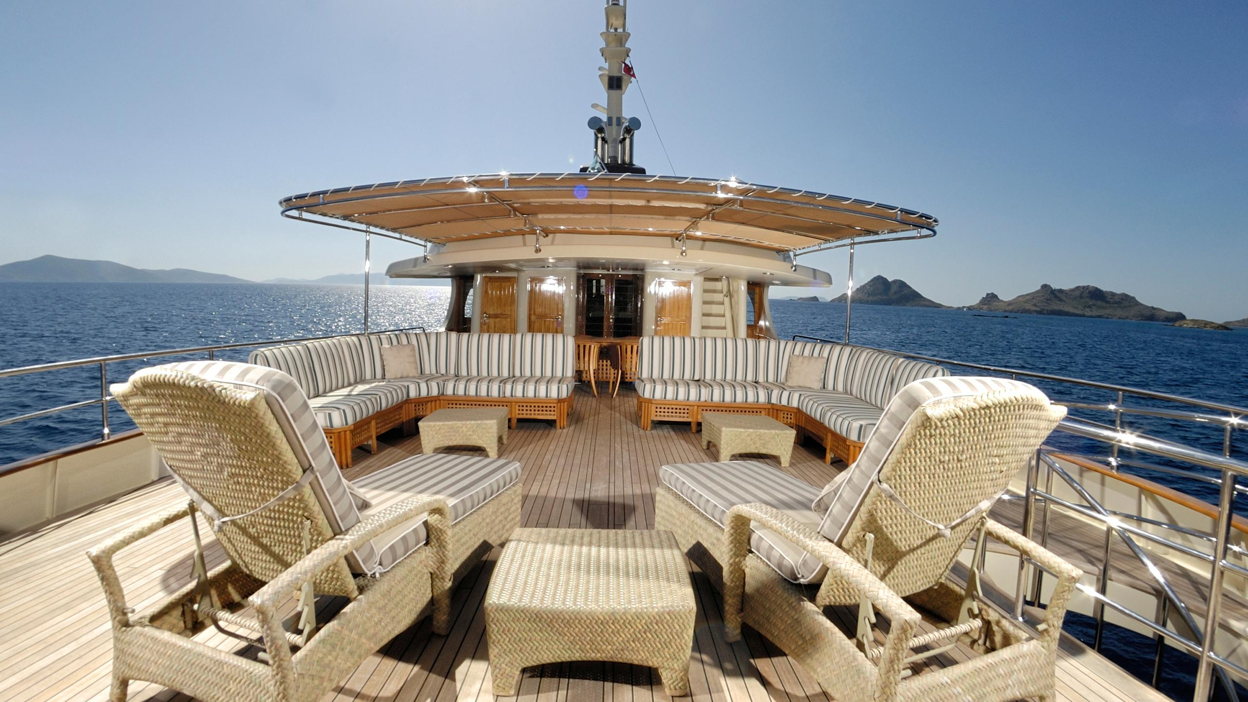 meserret-yacht-sun-lounger