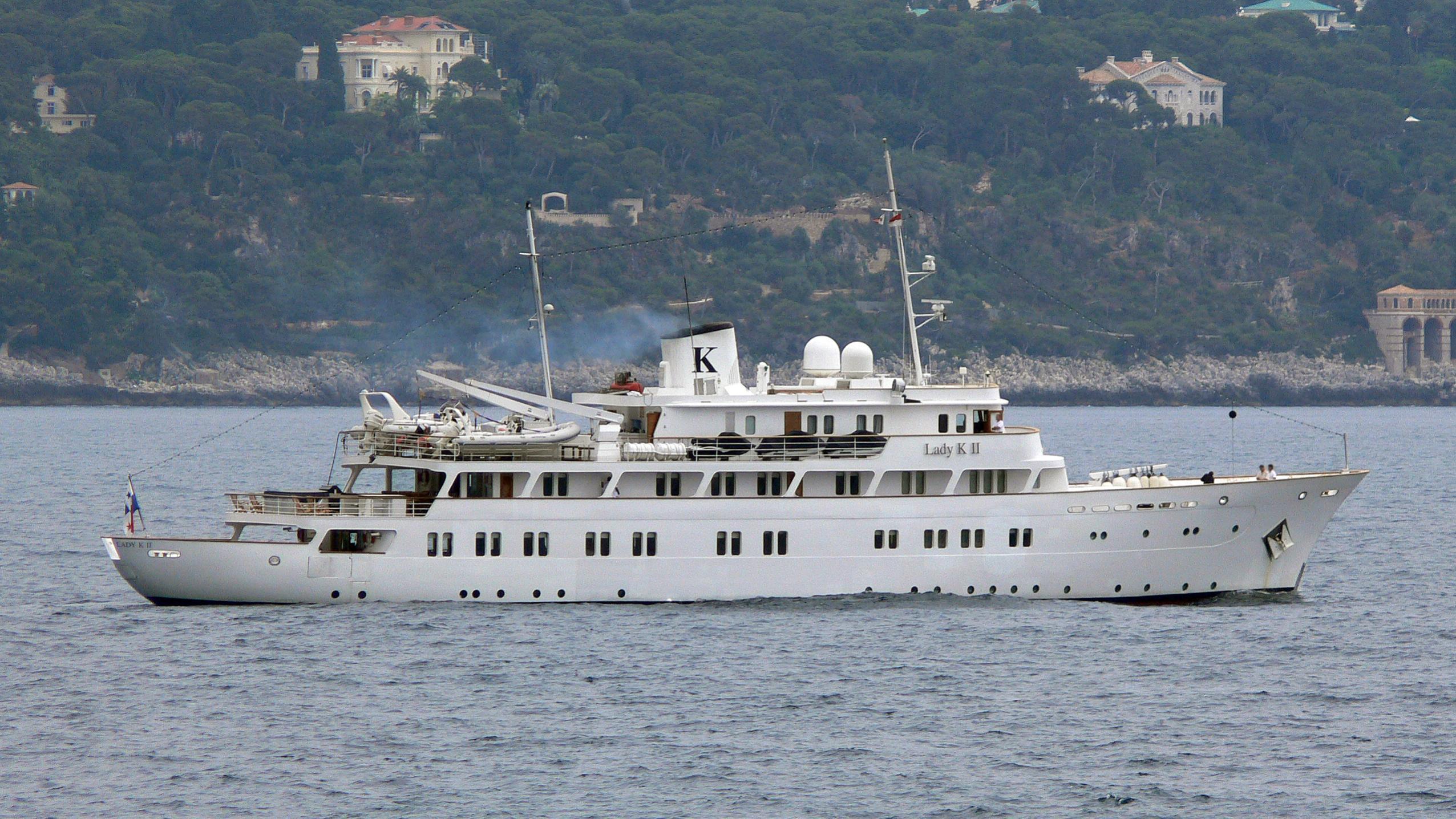 lady-k-ii-yacht-exterior