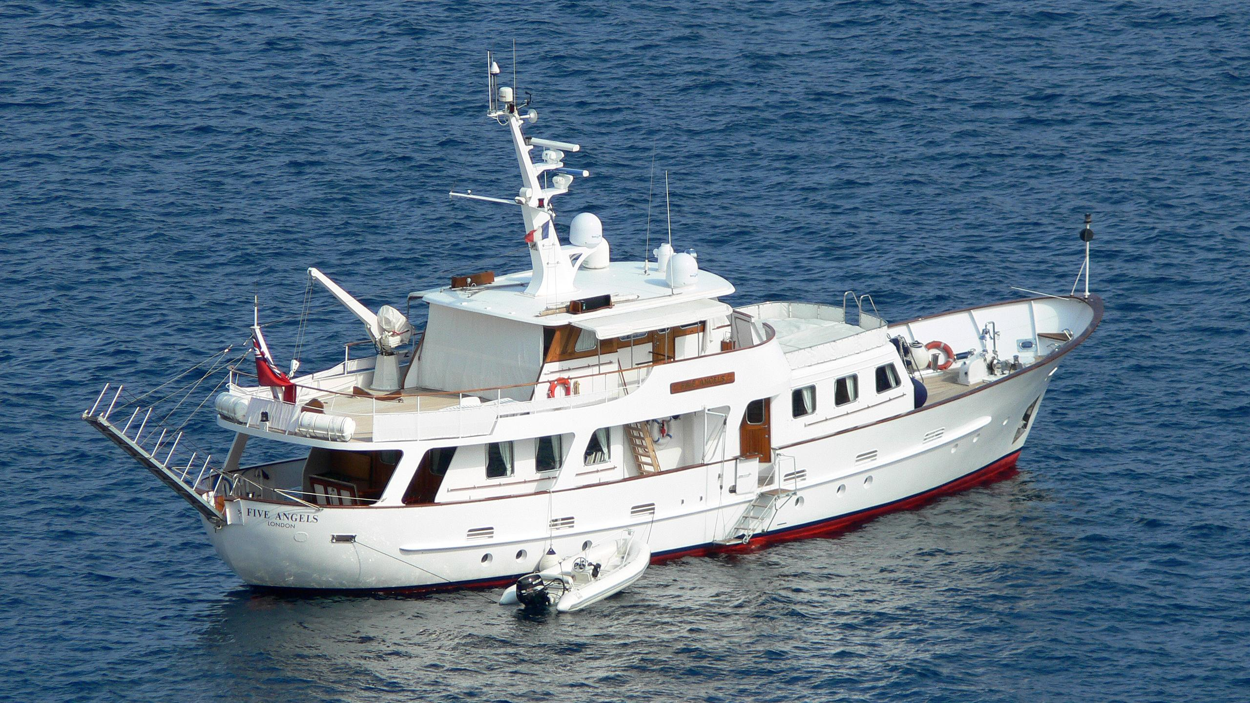 five-angels-yacht-exterior