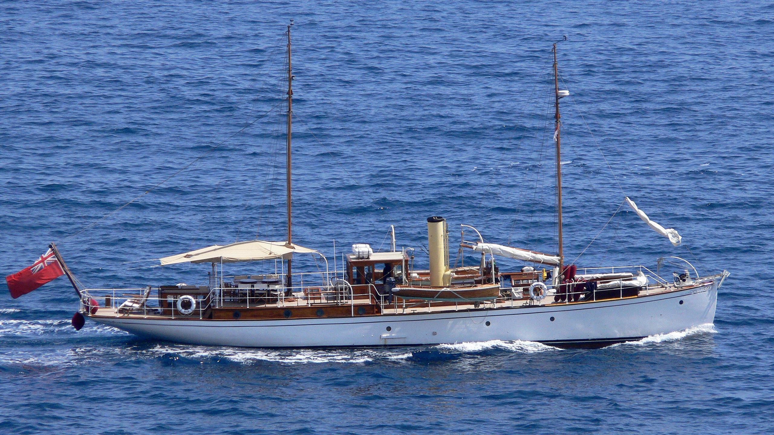 romola-yacht-exterior