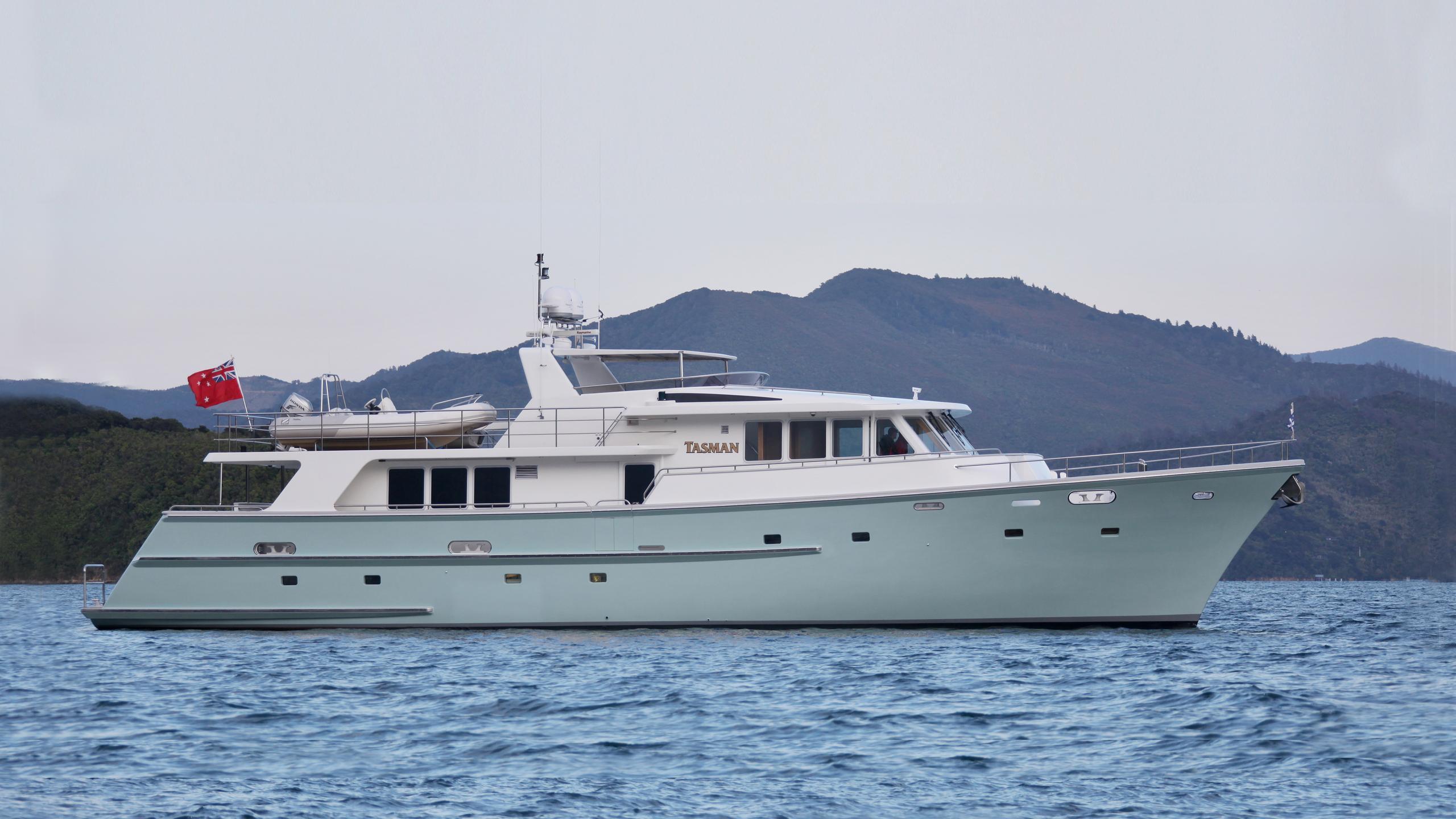 tasman-yacht-profile
