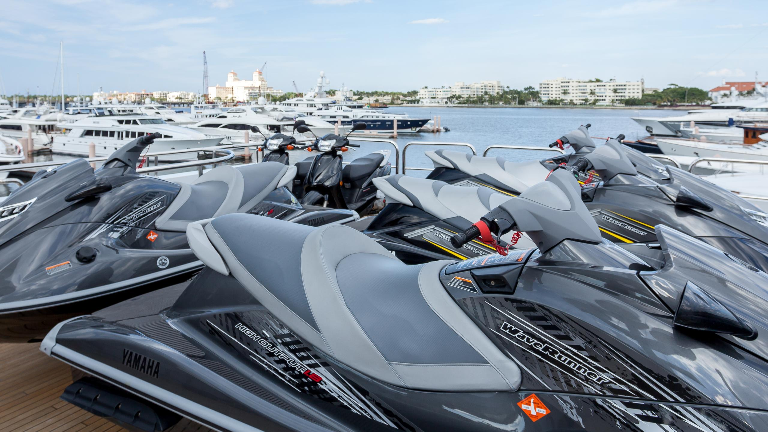 top-five-yacht-jetski