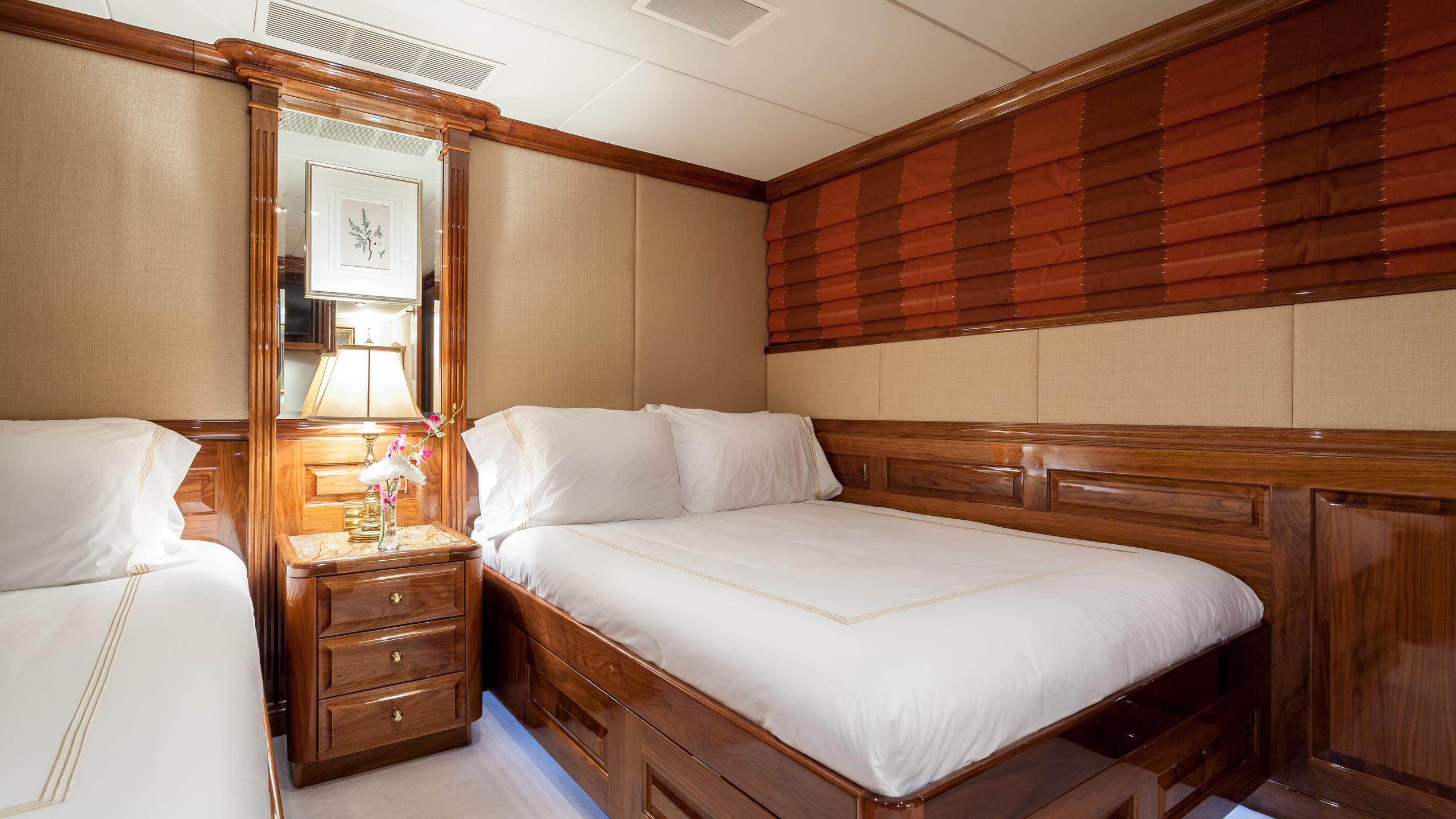 top-five-yacht-twin-cabin