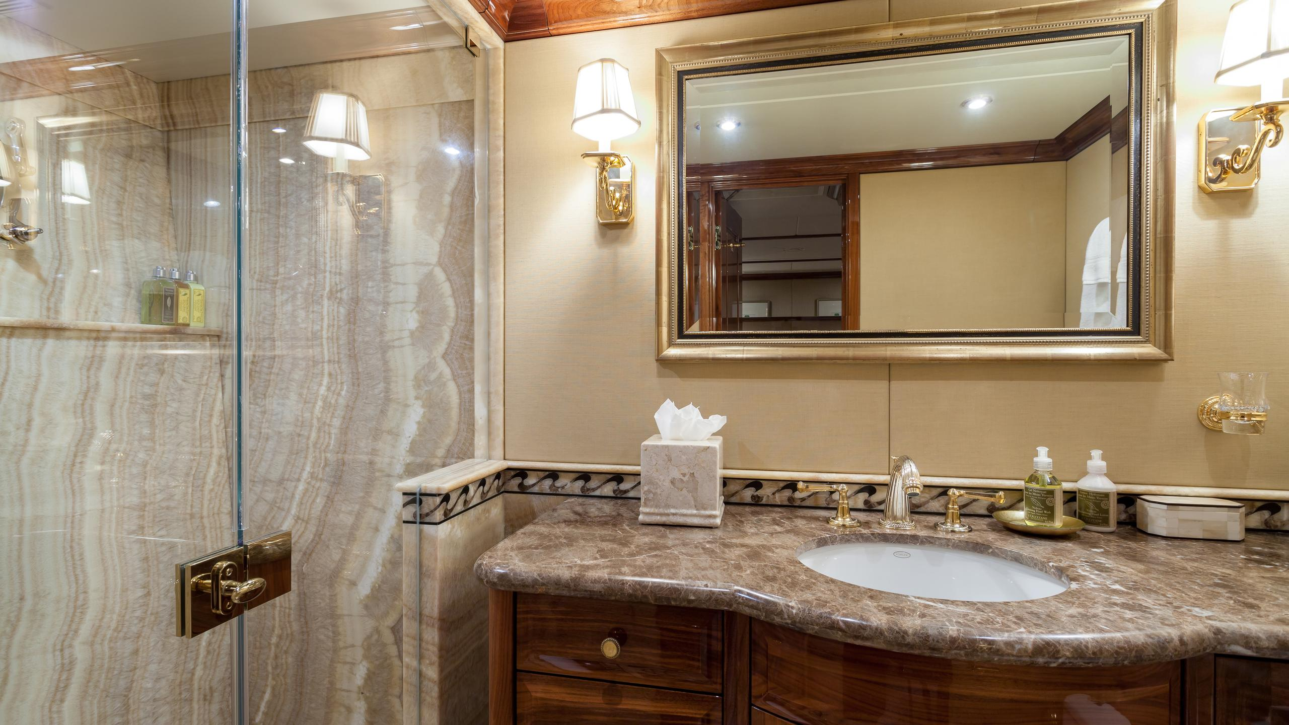 top-five-yacht-double-bathroom