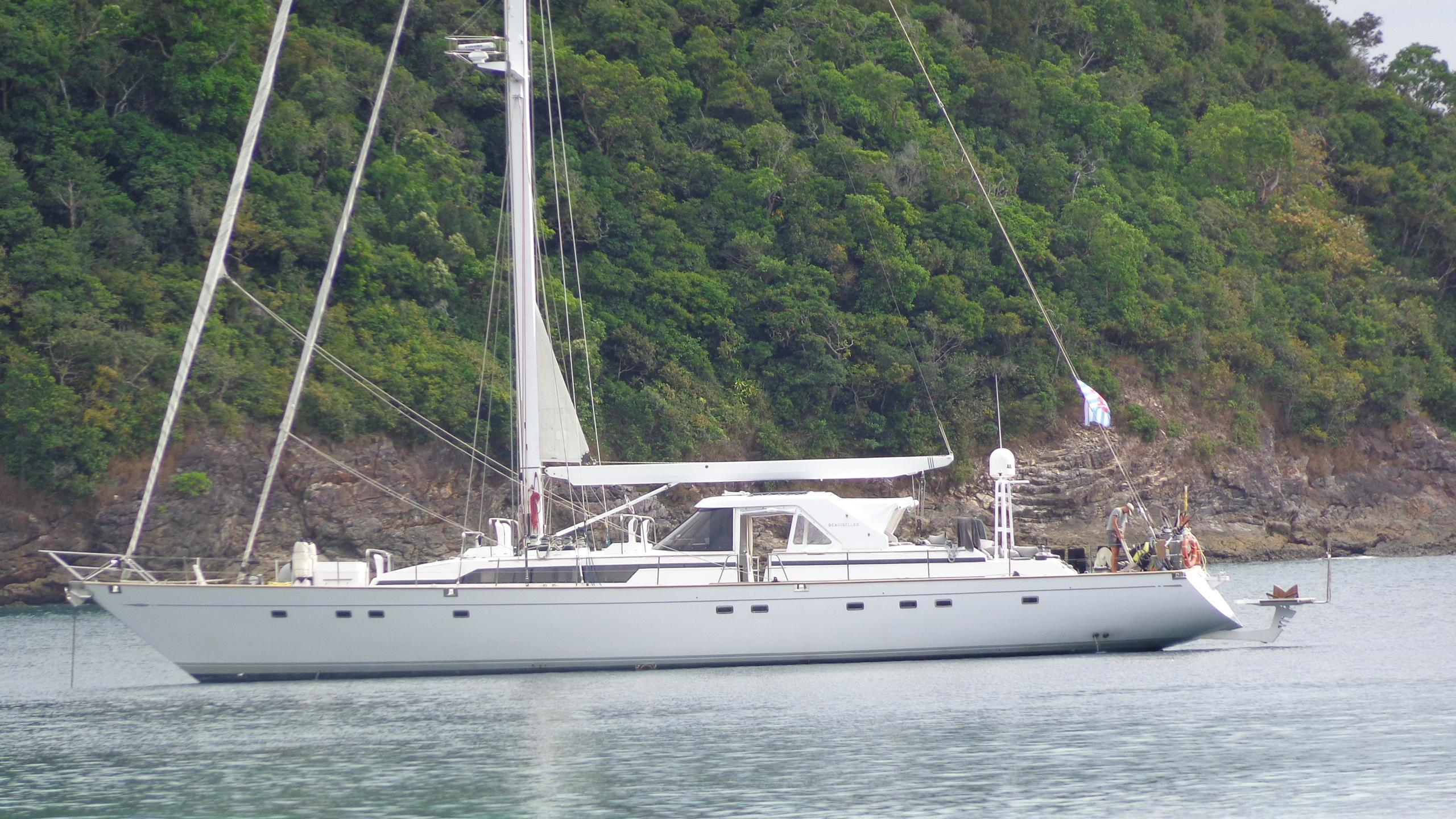 demoiselles-yacht-for-sale-profile