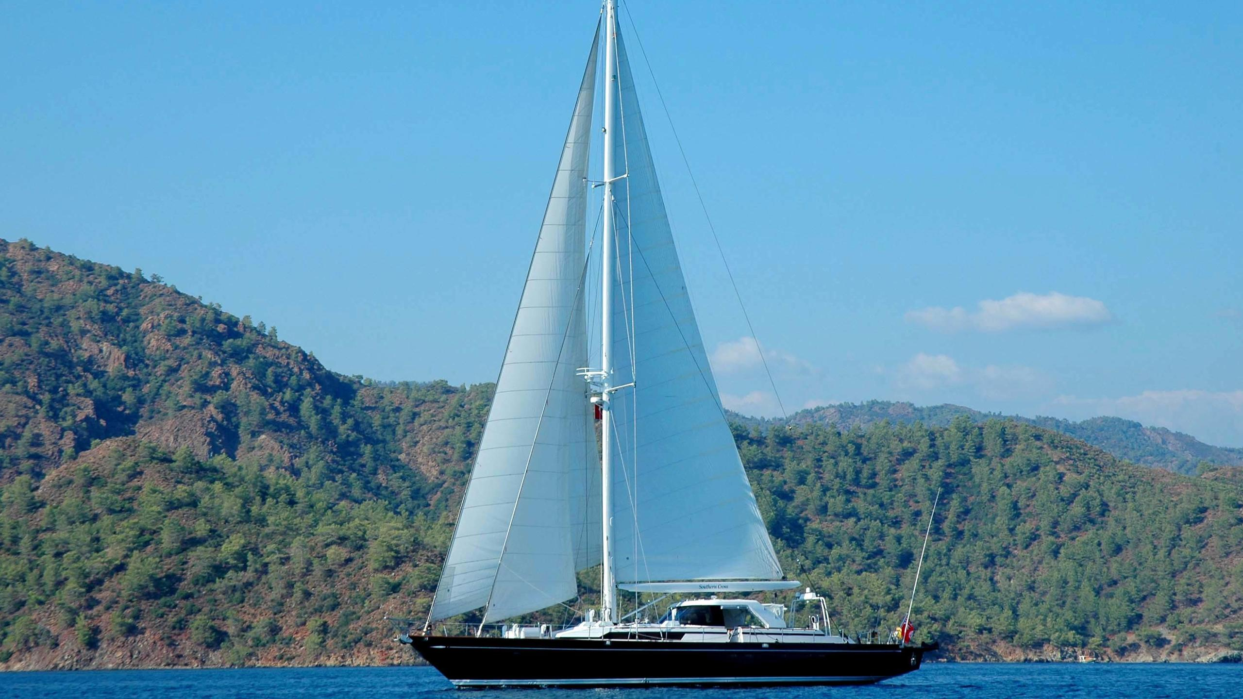 southern-cross-yacht-for-sale-profile
