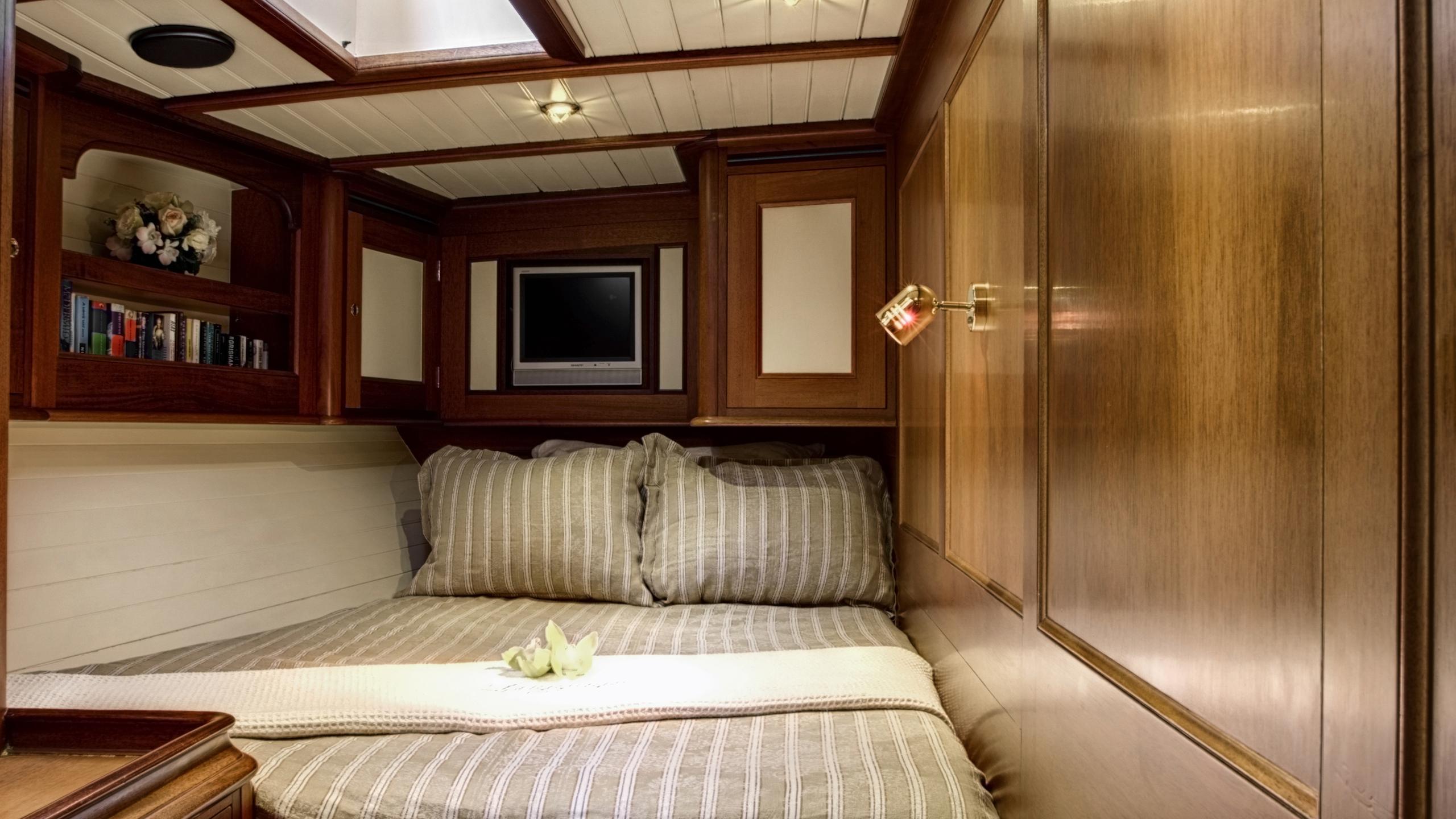 shamoun-yacht-double-cabin