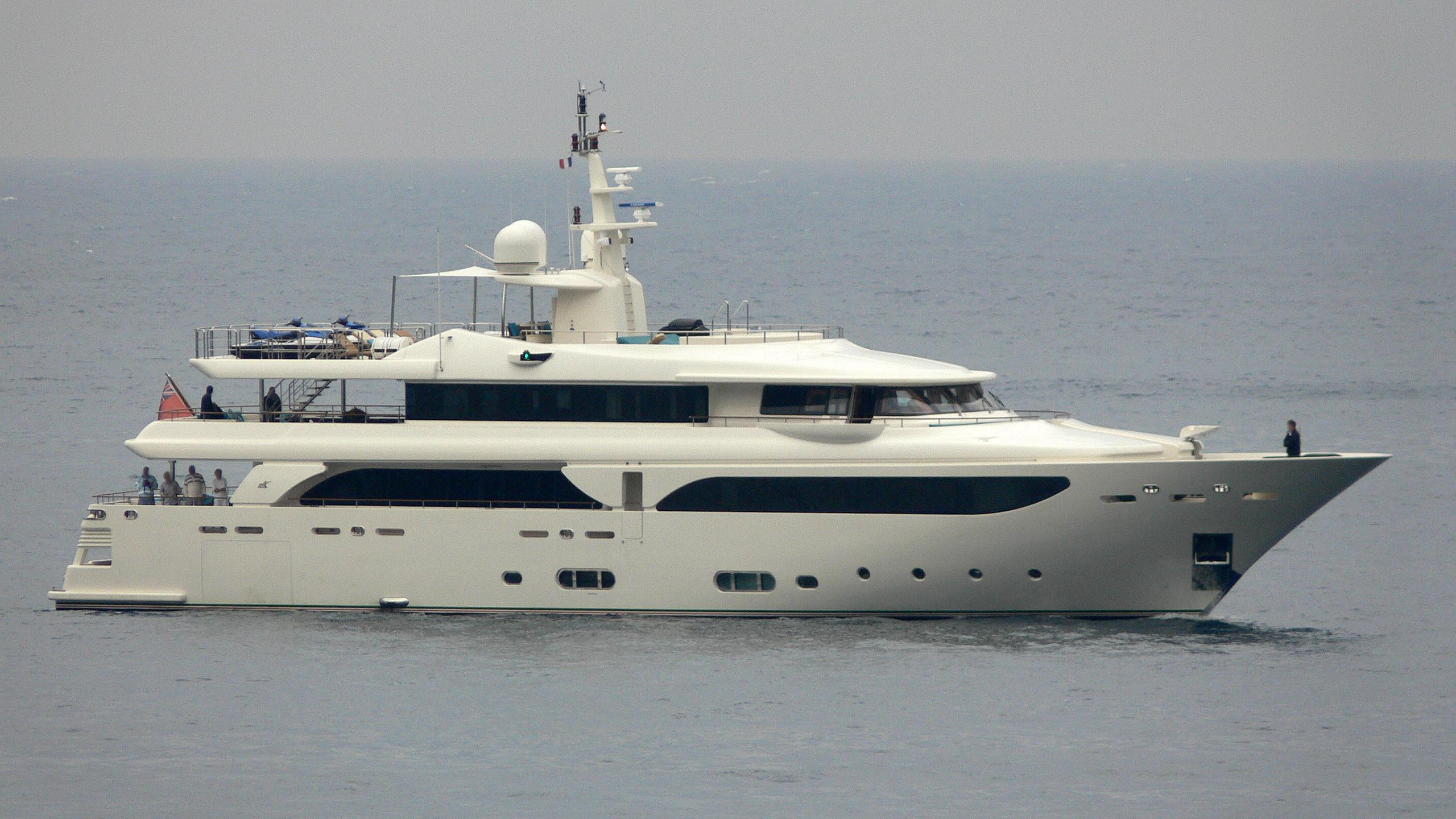 emotion 2 motoryacht crn 43m 2007 profile