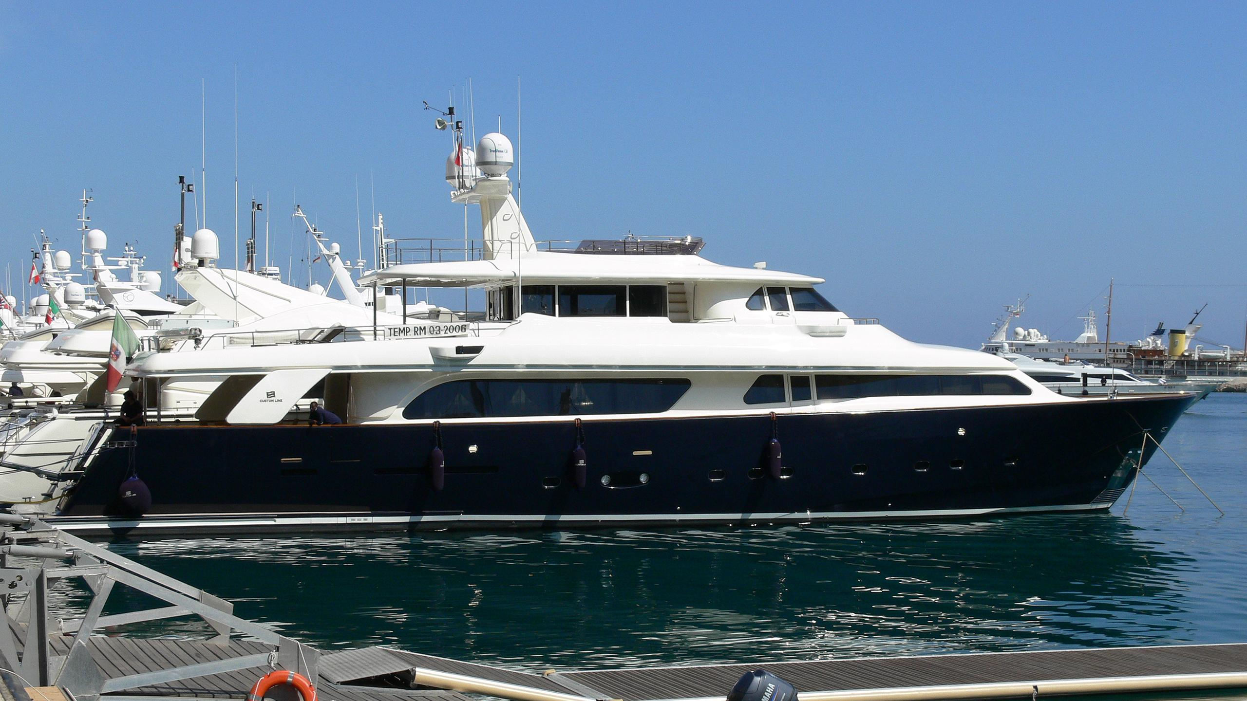 imperial-dream-yacht-exterior