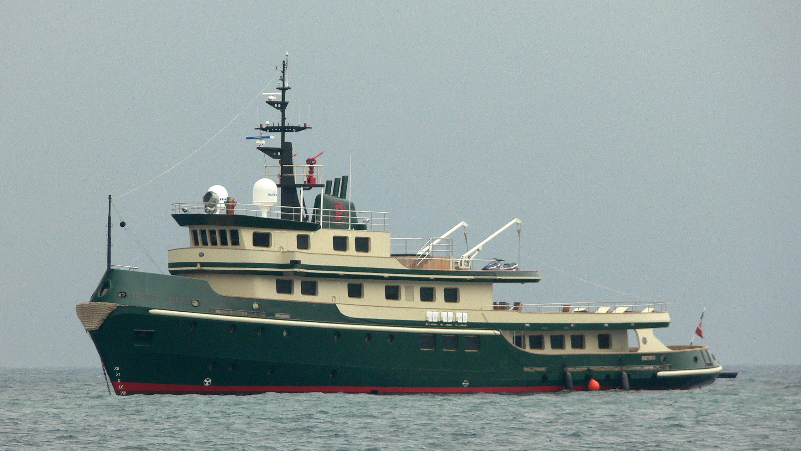 ariete-primo-yacht-exterior