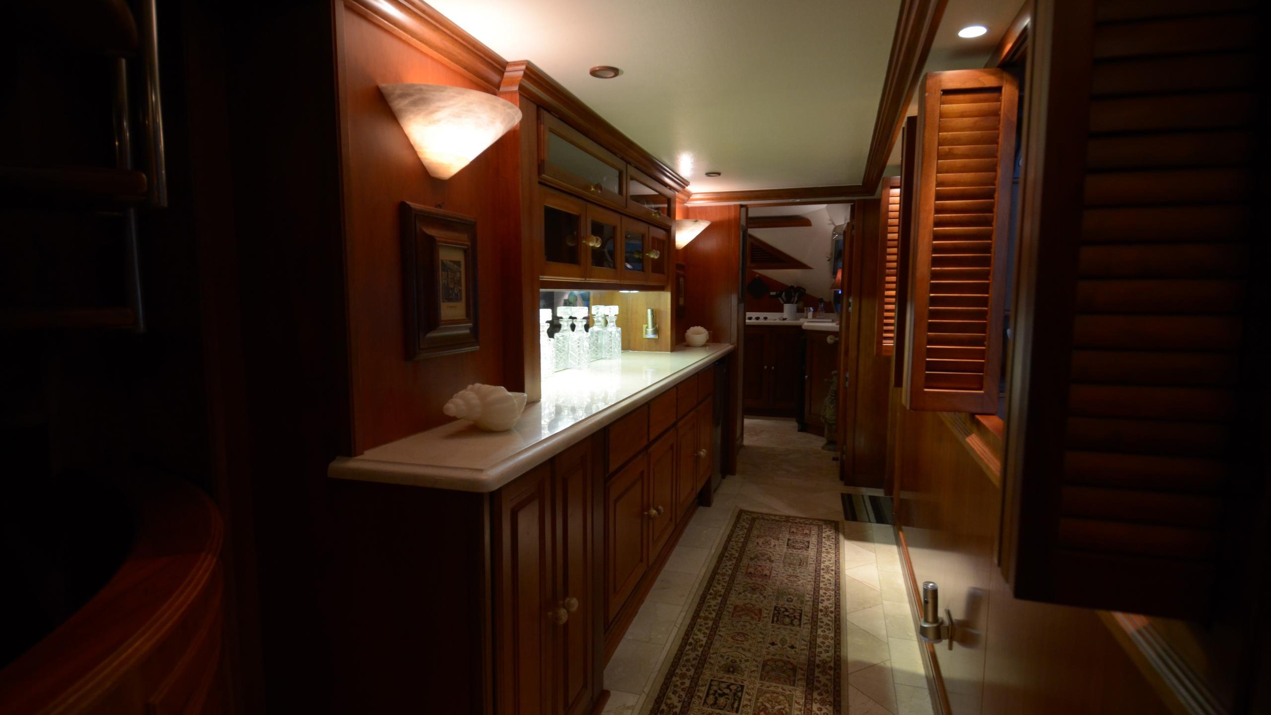 silent-wings-ii-yacht-hallway