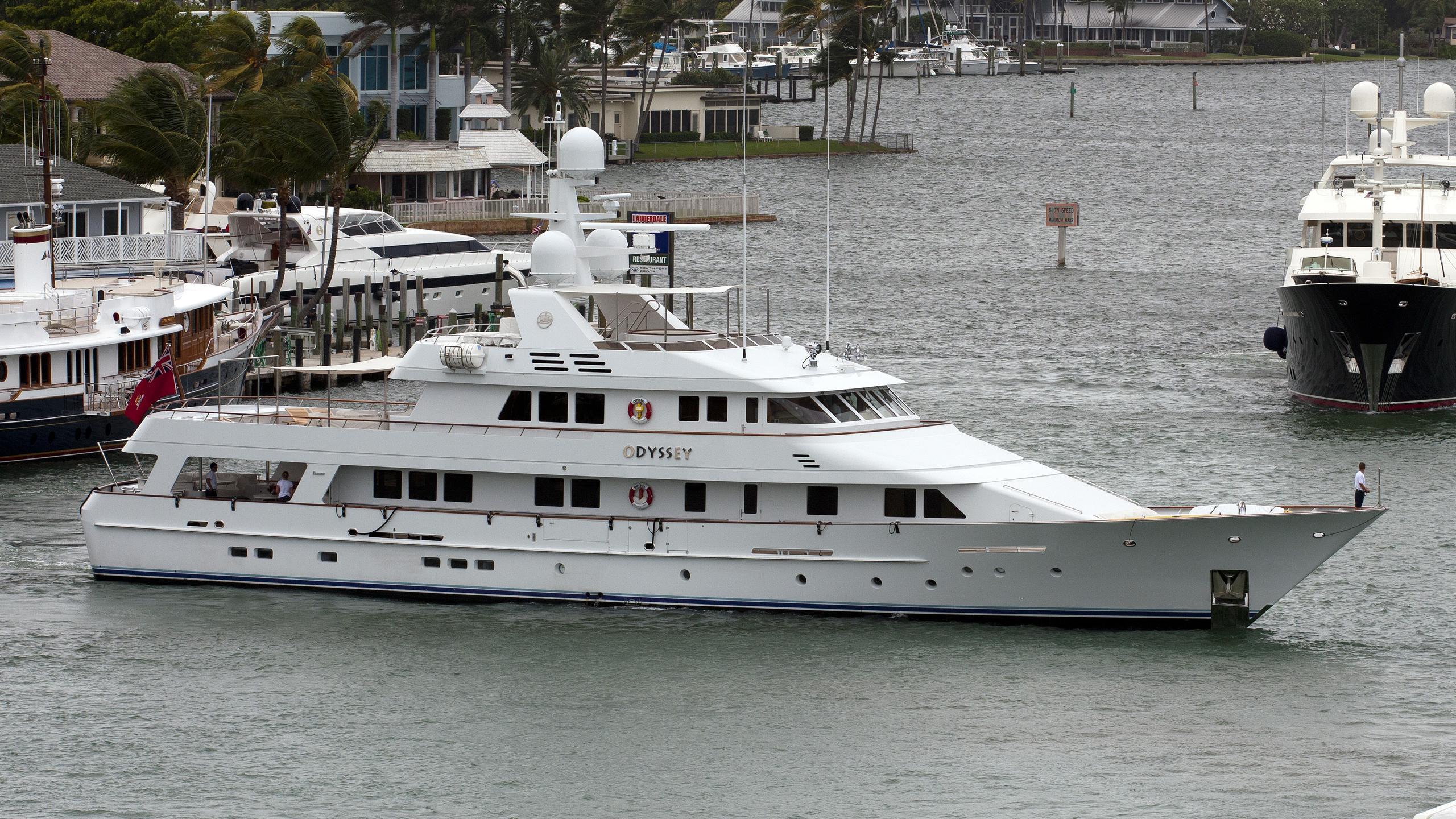 odyssey-yacht-exterior