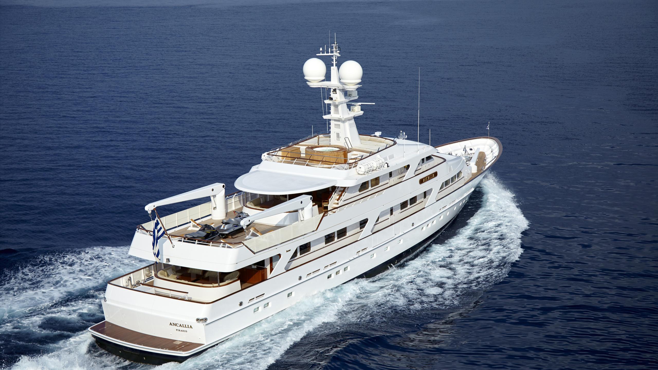 ancallia-yacht-cruising