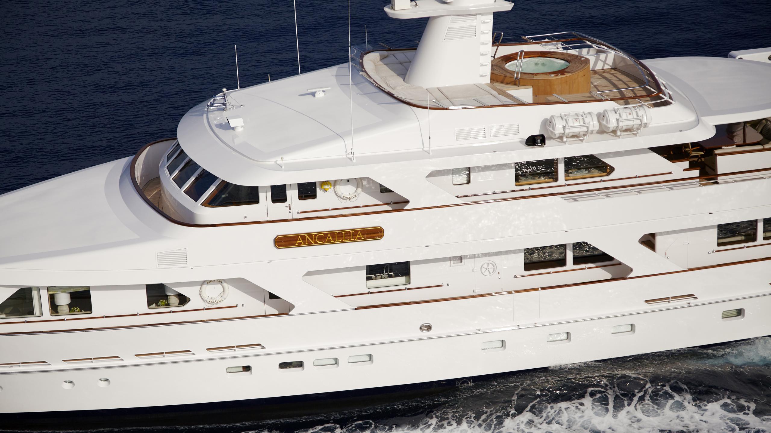 ancallia-yacht-profile-near