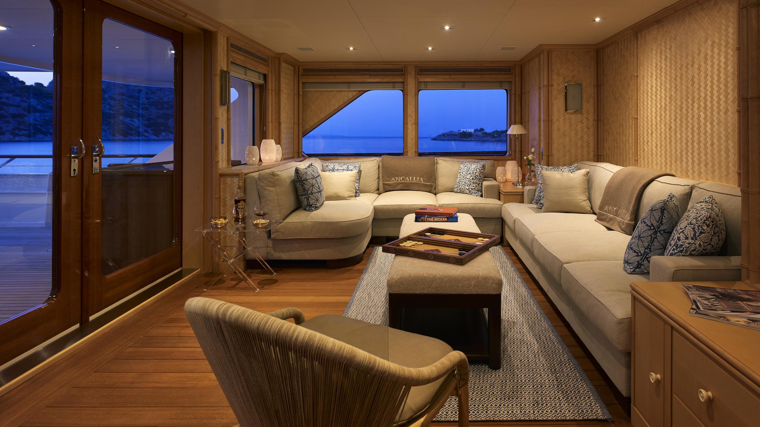 ancallia-yacht-lounge