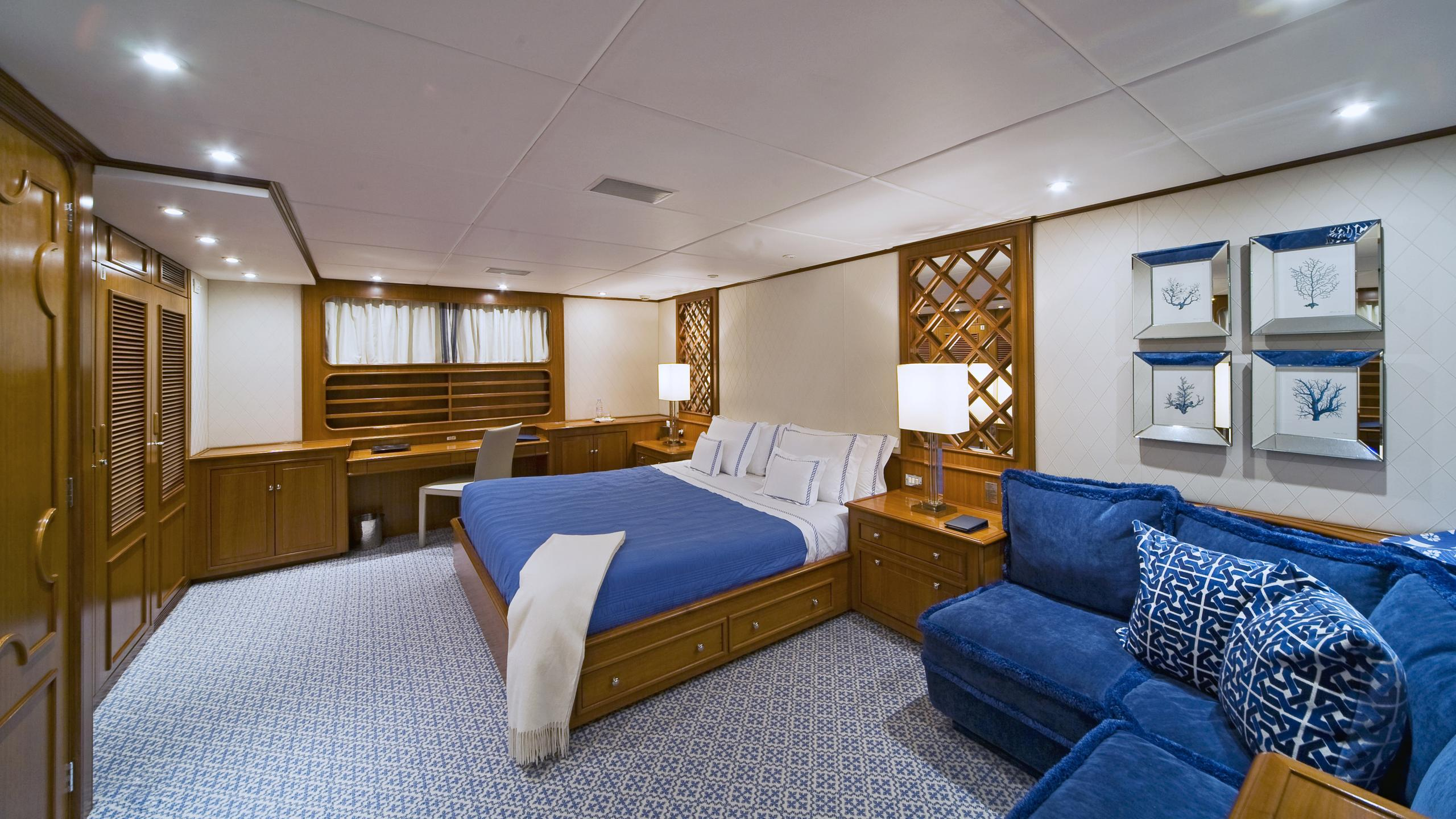 audacia-yacht-master-cabin