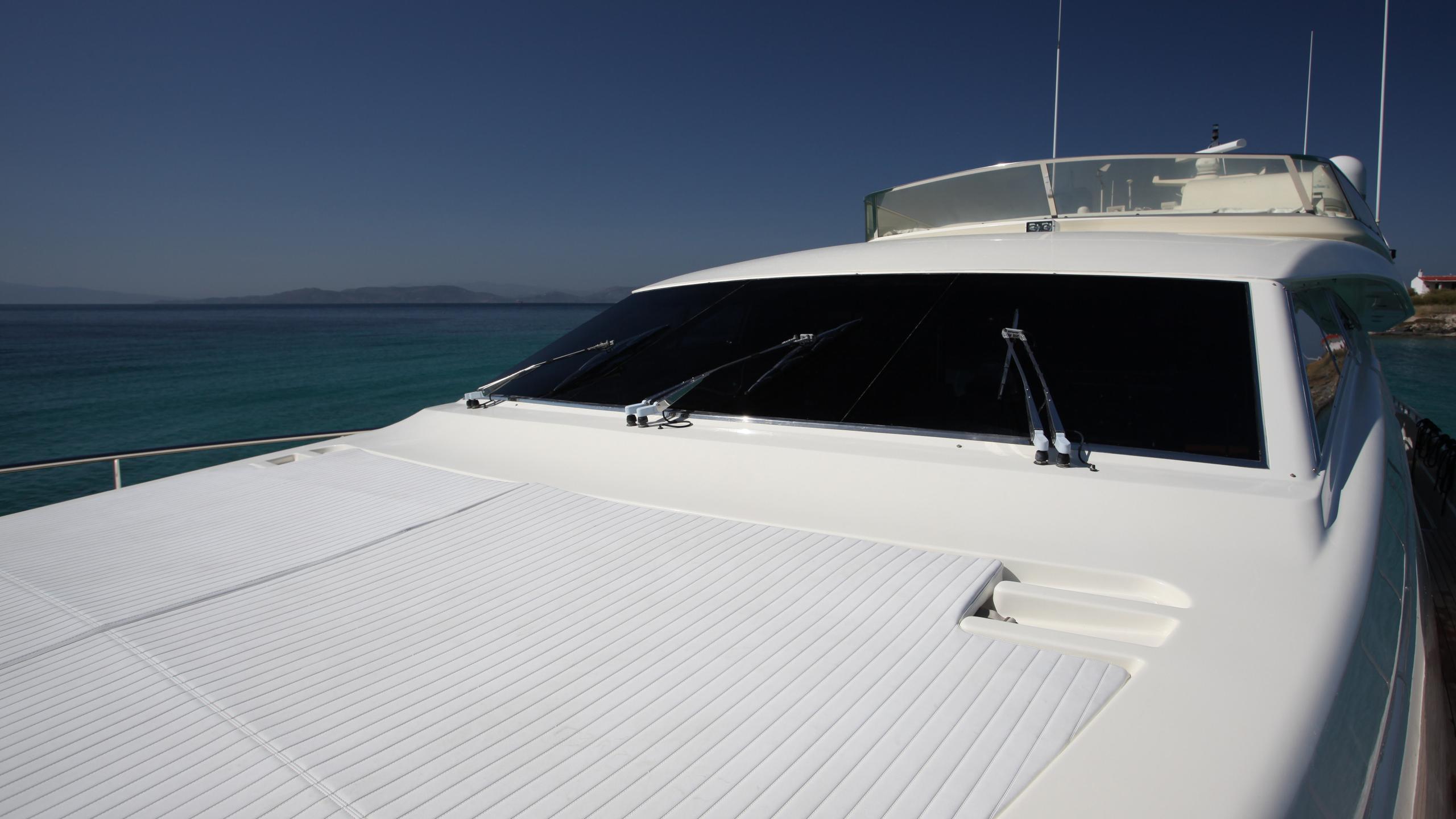kentavros-ii-yacht-sunpads