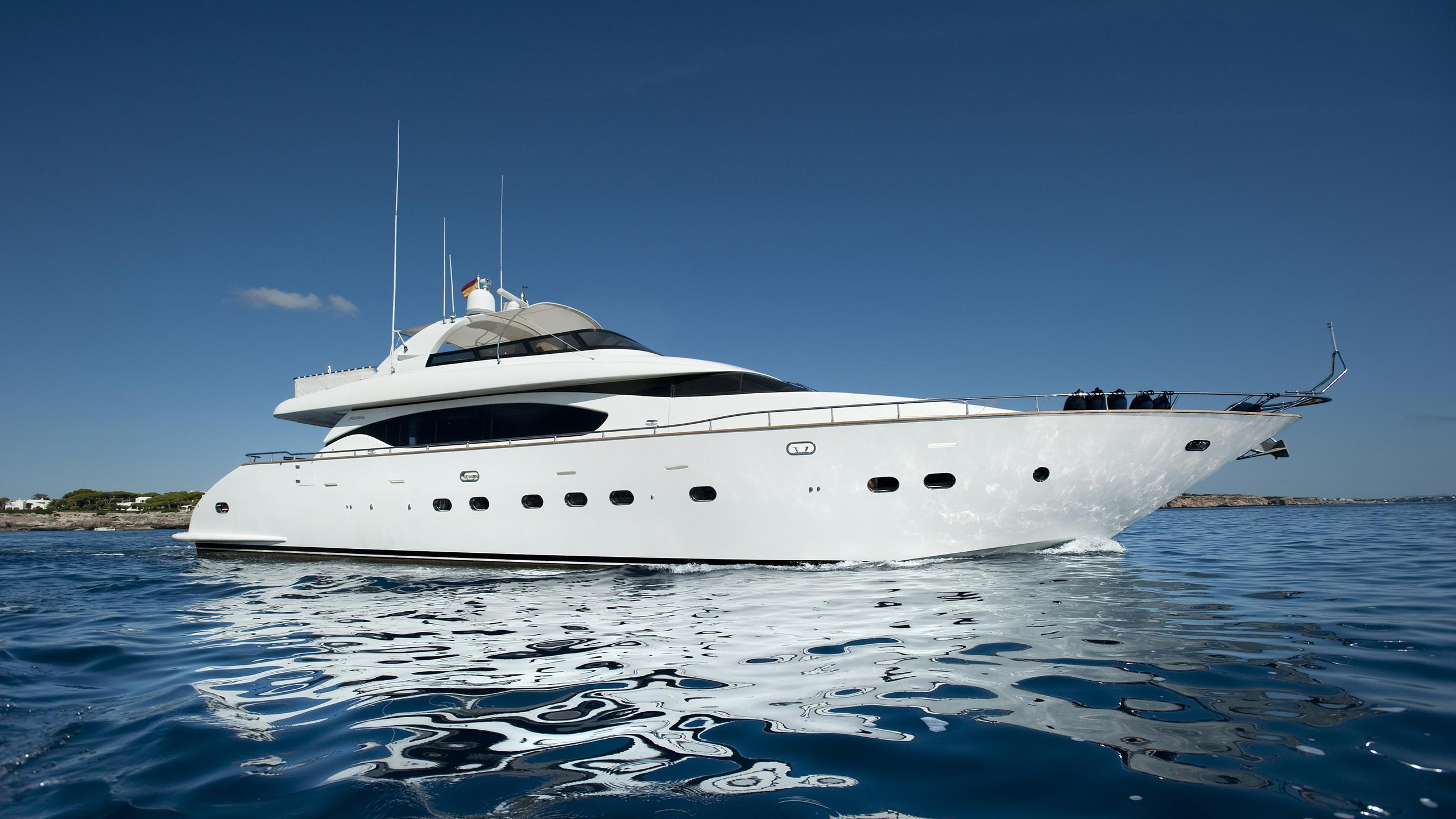 cento-by-excalibur-yacht-for-sale-profile