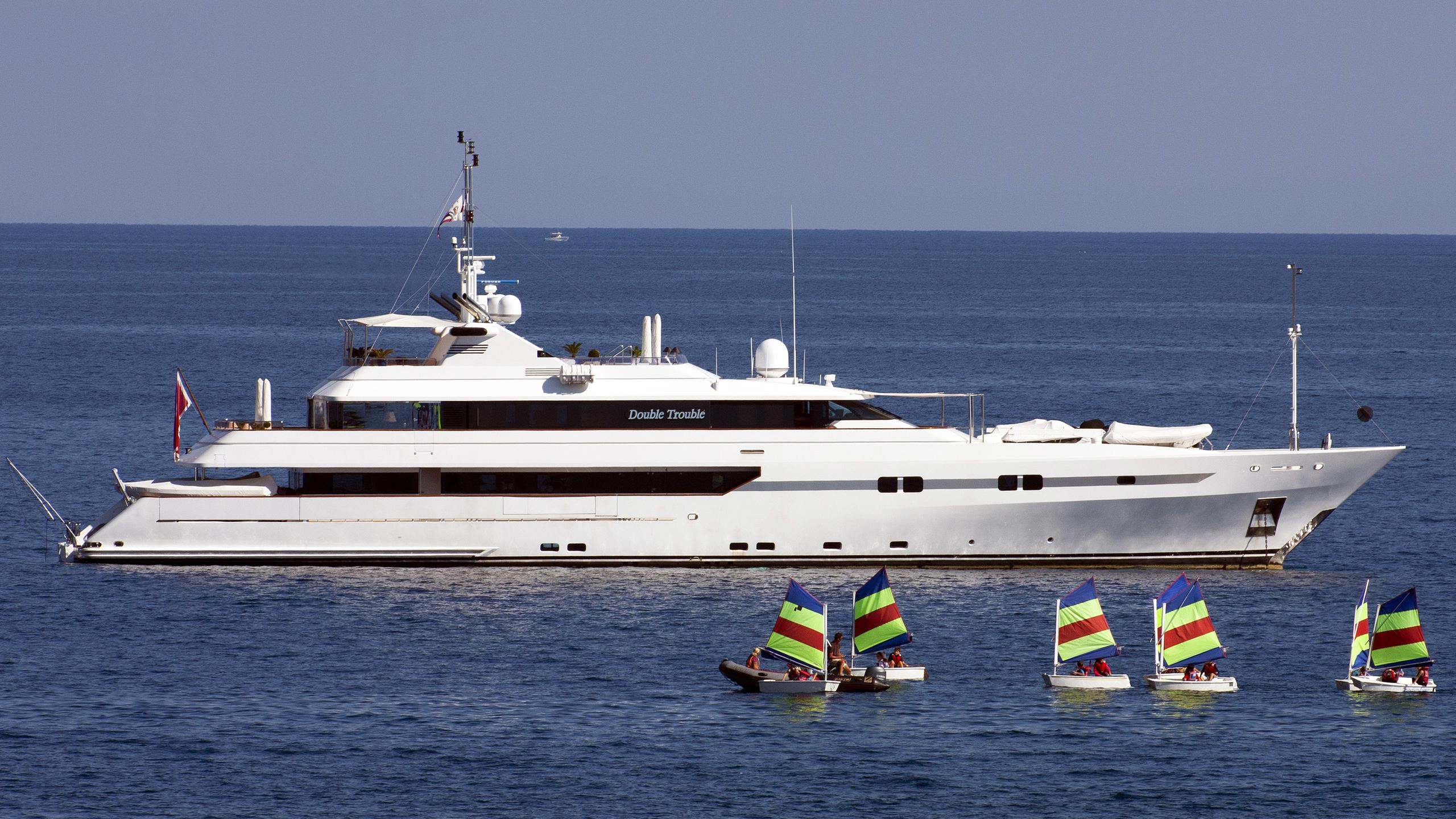 double-trouble-yacht-exterior