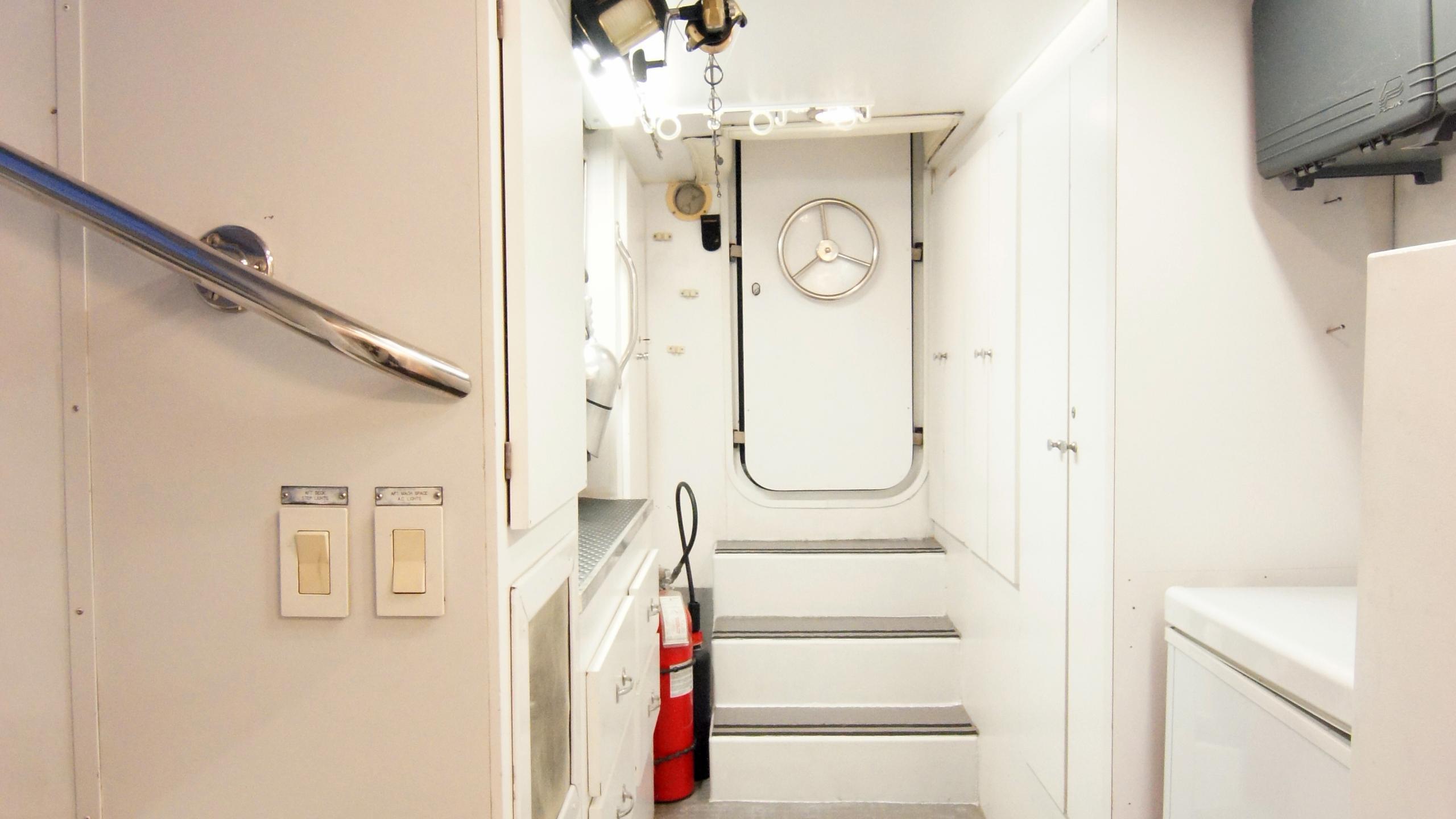 charisma-yacht-hallway