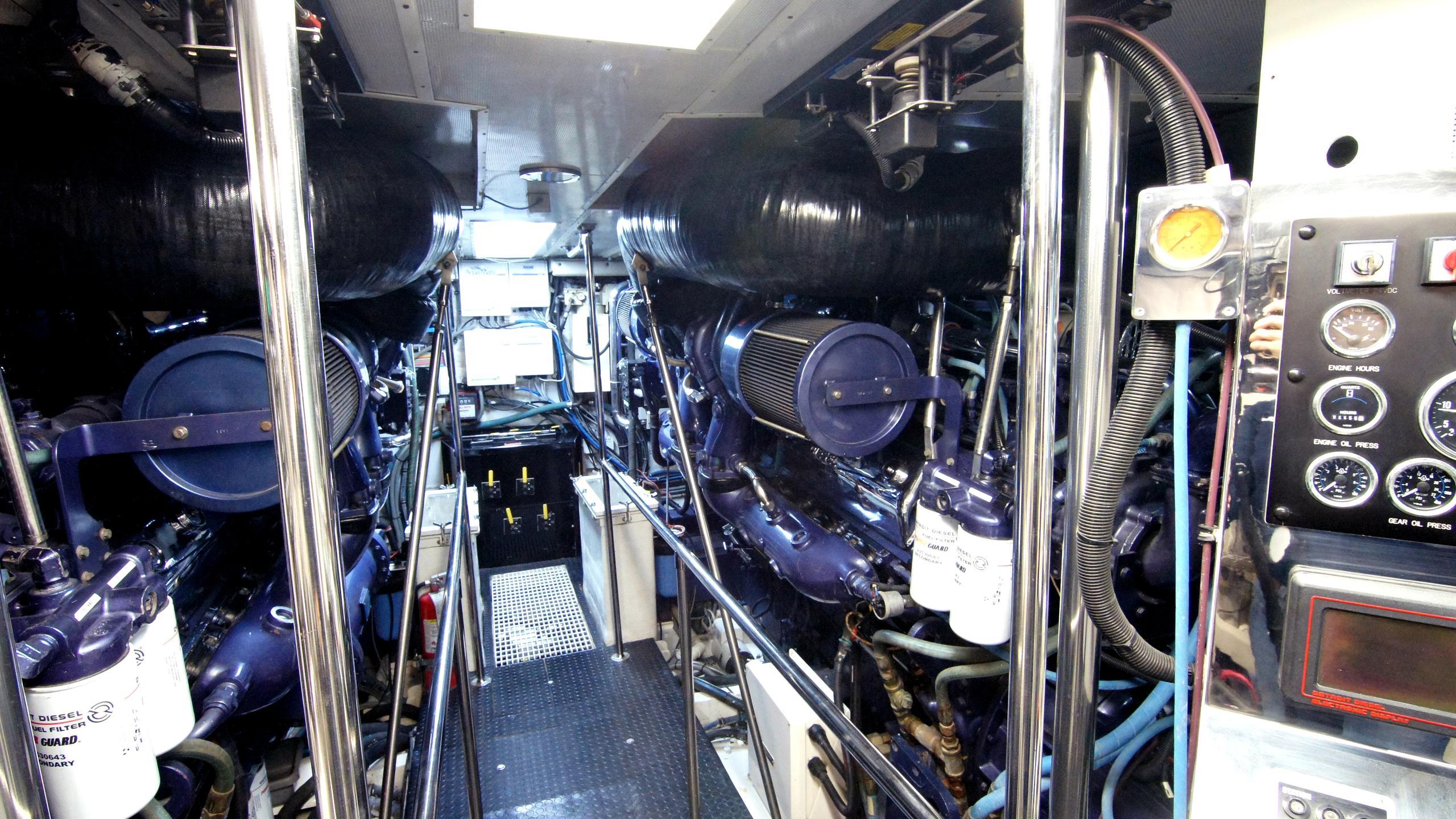 charisma-yacht-engine
