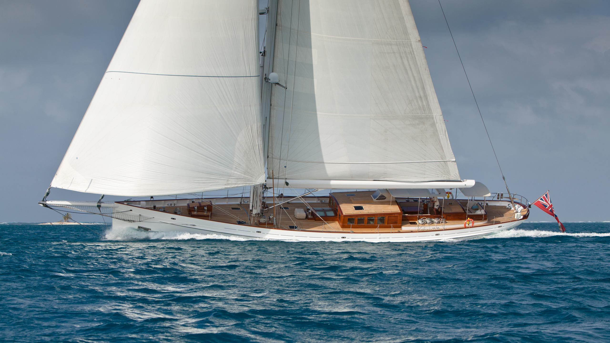 carl-linne-yacht-sailing