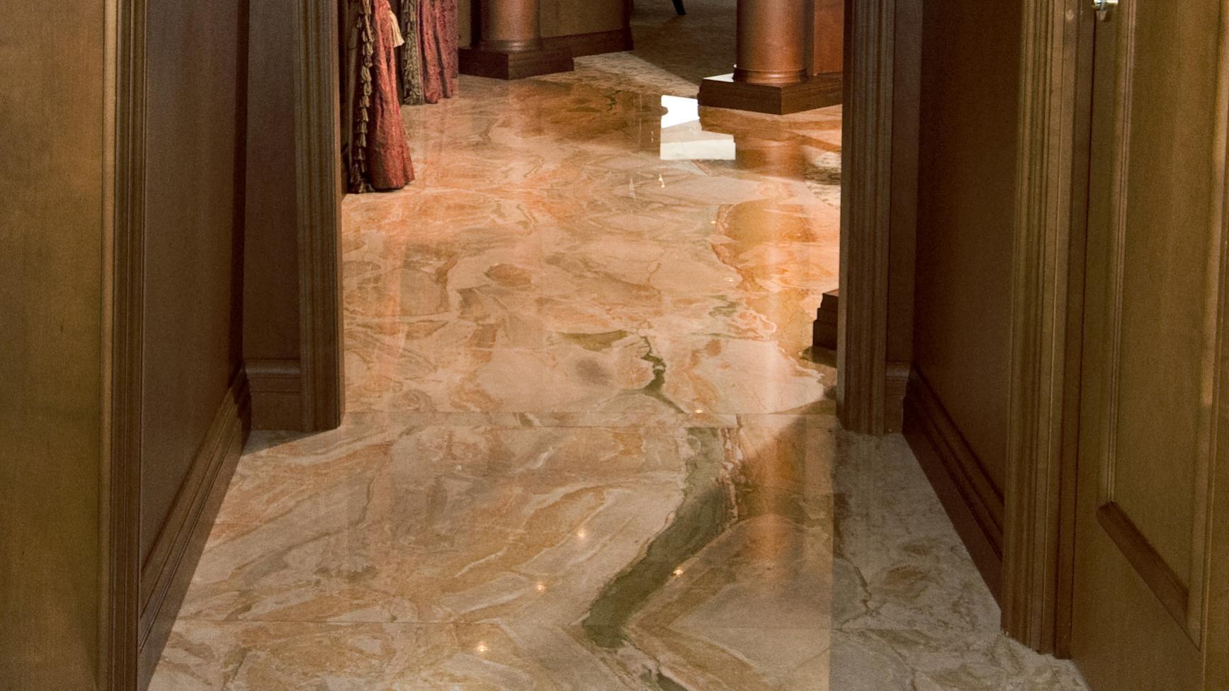 lady-m-yacht-hallway