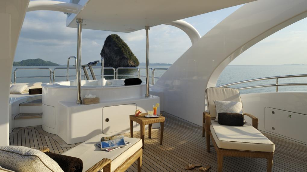amoixa-yacht-sun-deck