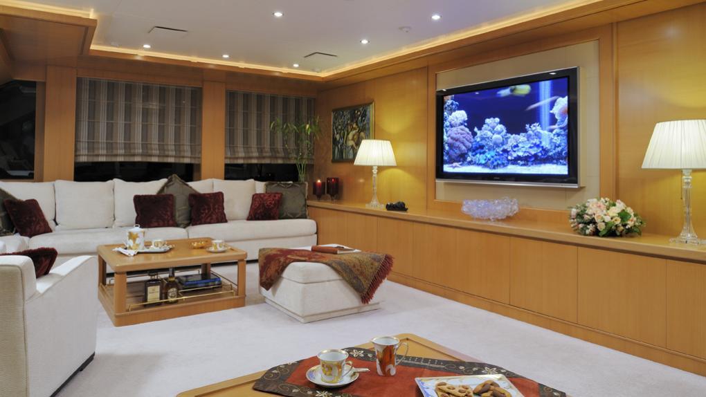 amoixa-yacht-lounge
