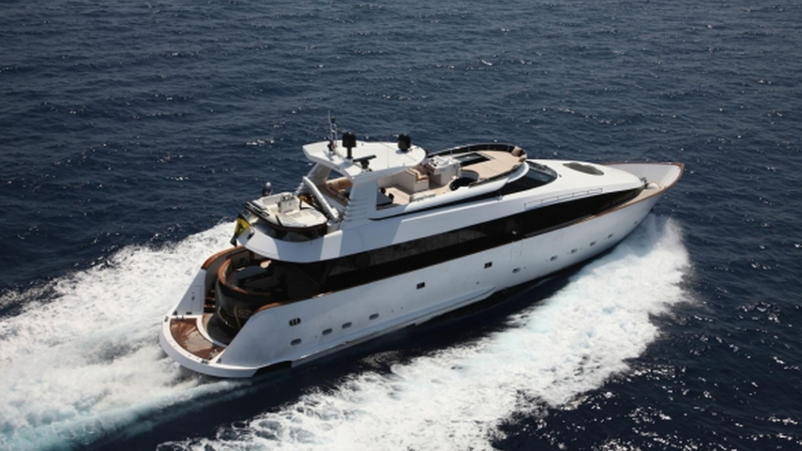 lor-yacht-for-sale-profile