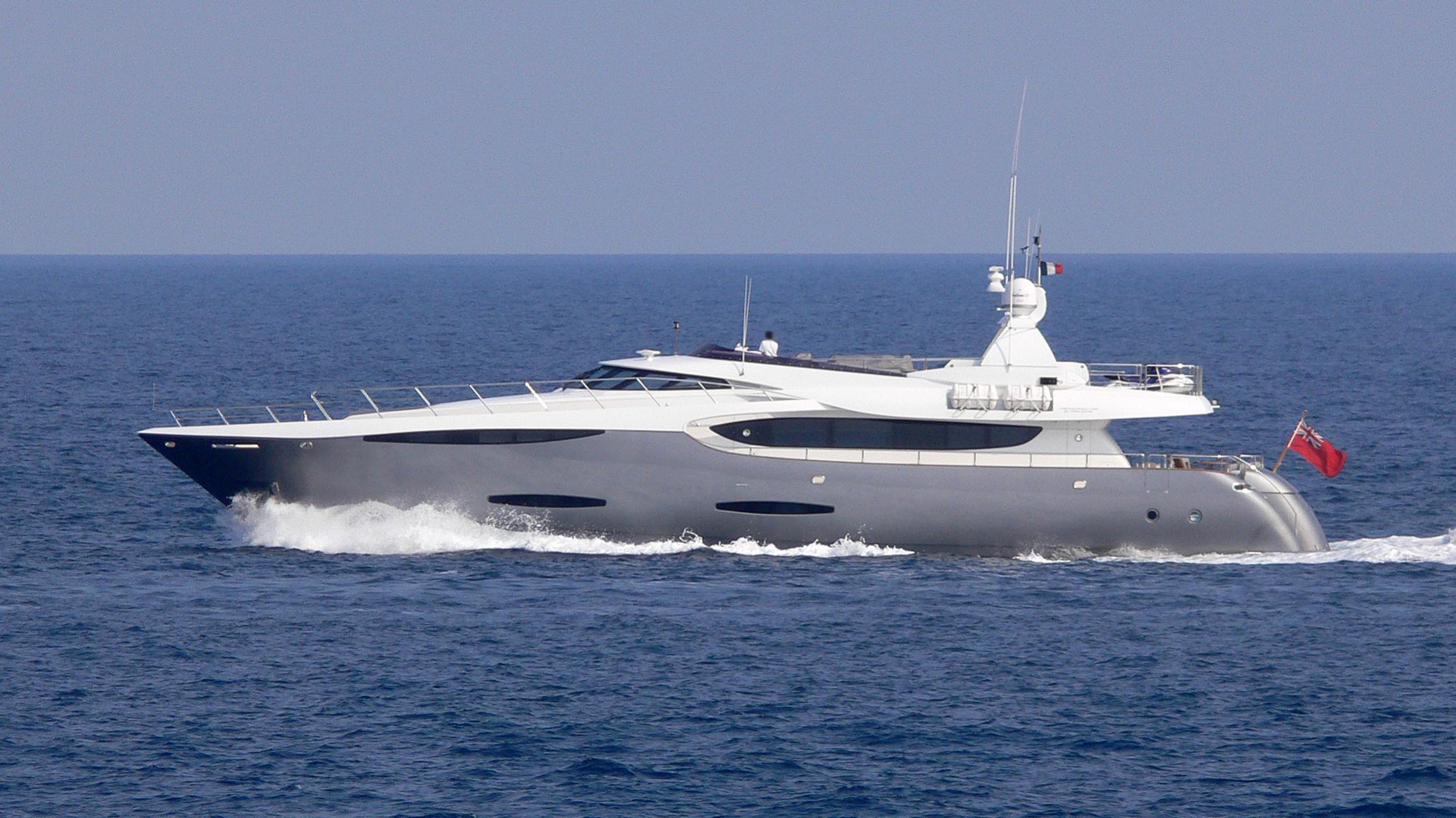gems-yacht-exterior