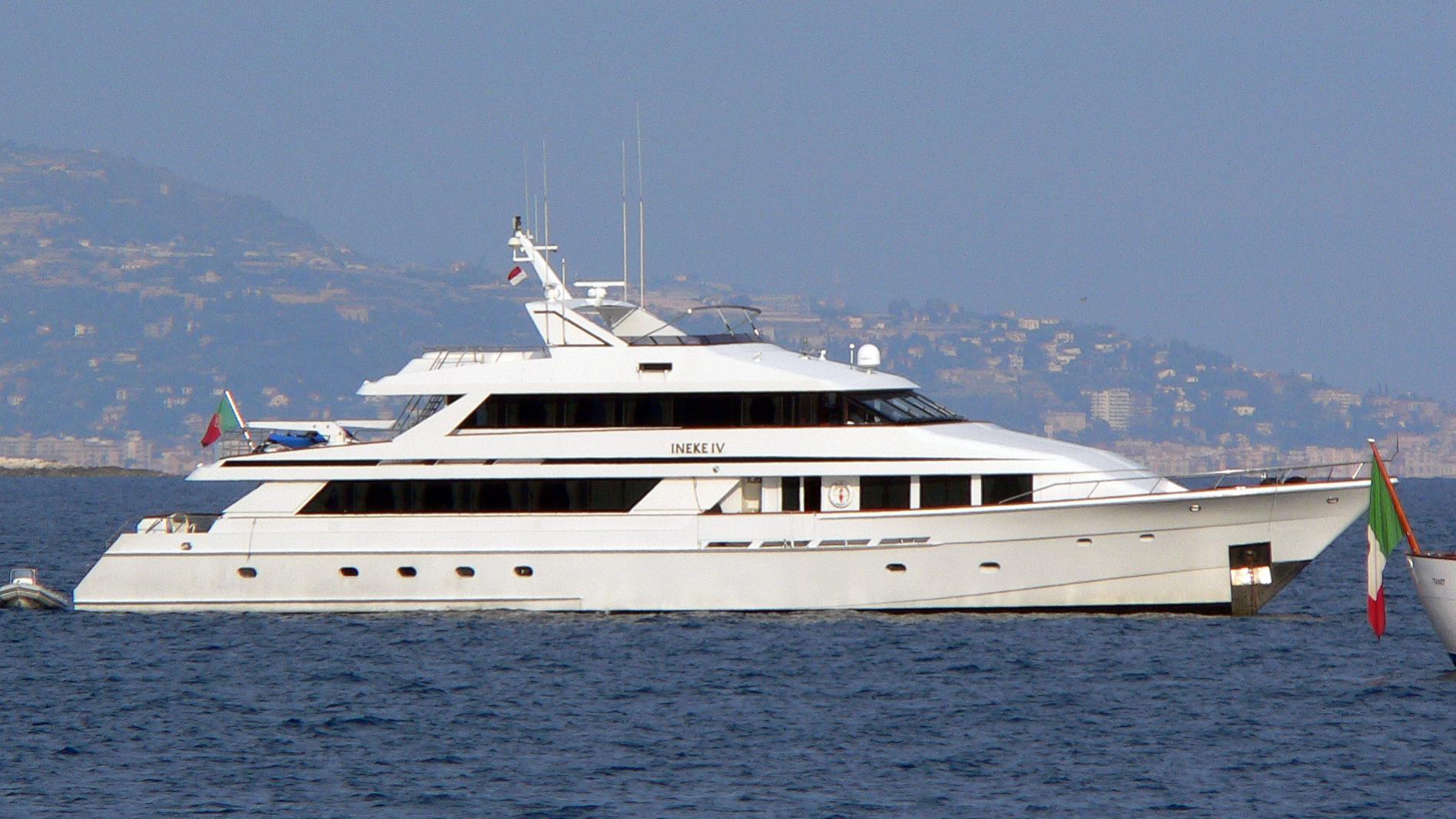 ineke-iv-yacht-exterior