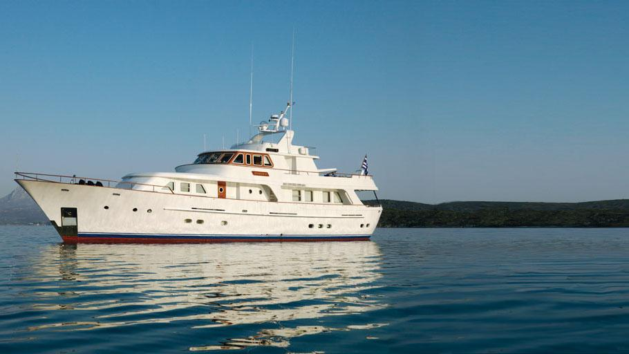 suncoco-yacht-for-charter-profile