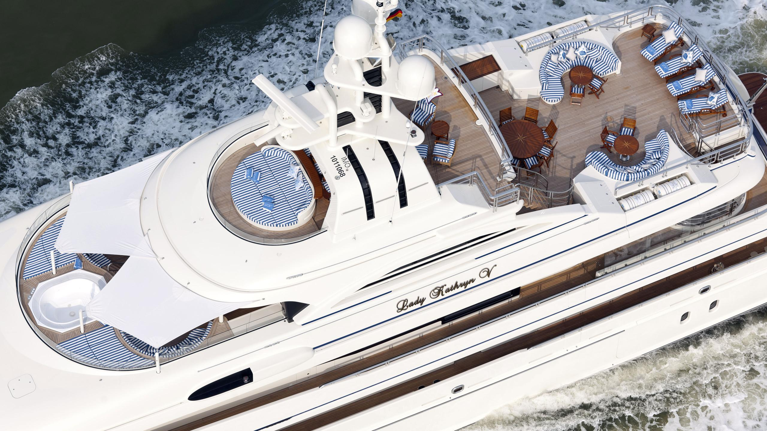 lady-kathryn-v-yacht-aerial