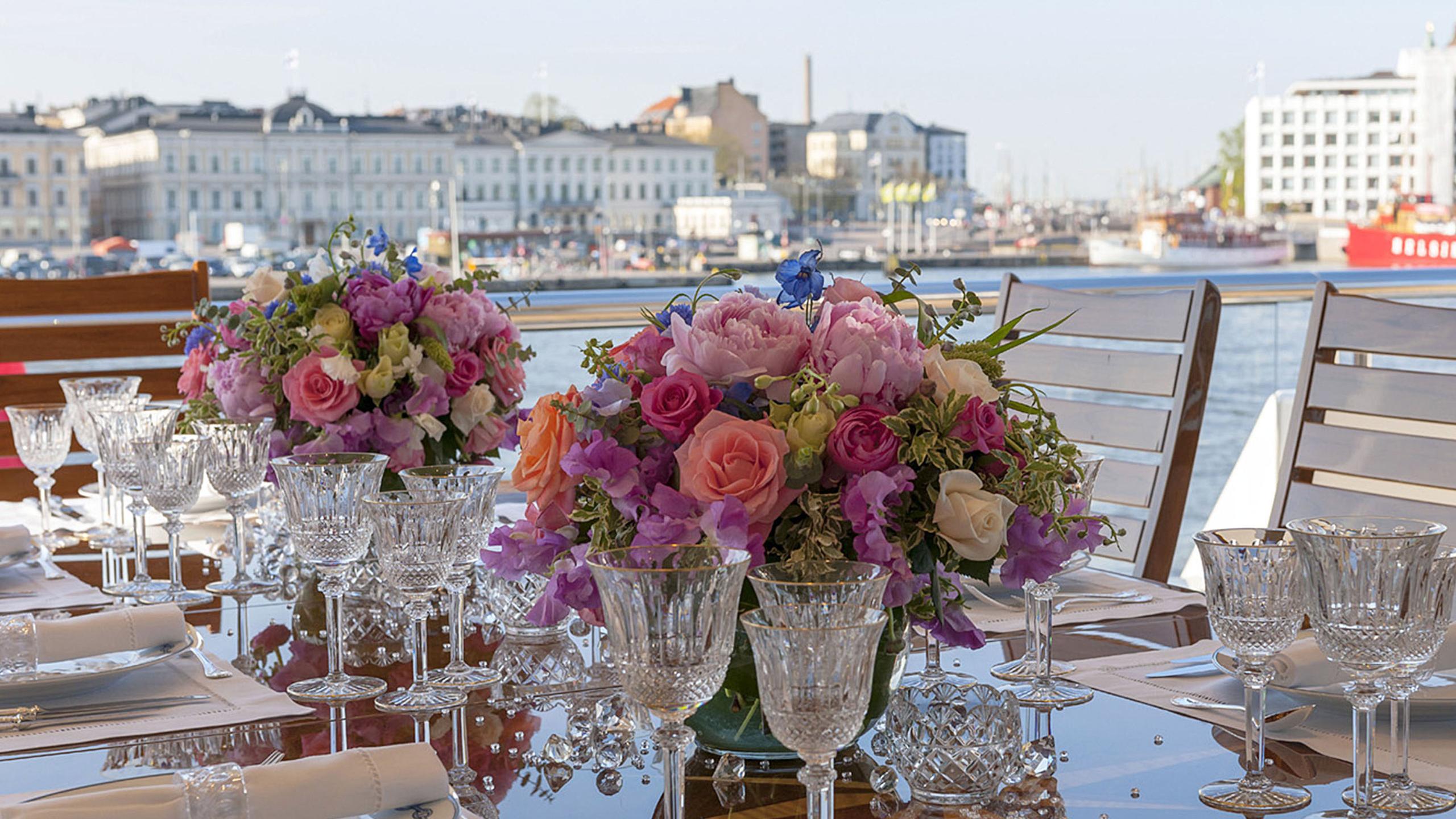 lady-kathryn-v-yacht-aft-dining