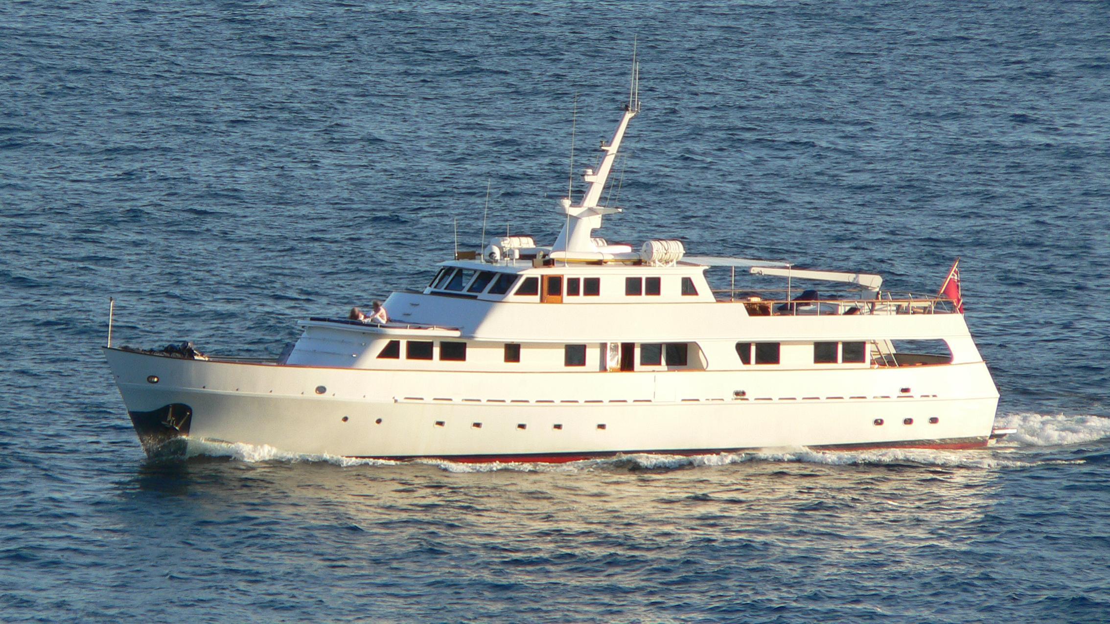 osprey-yacht-exterior