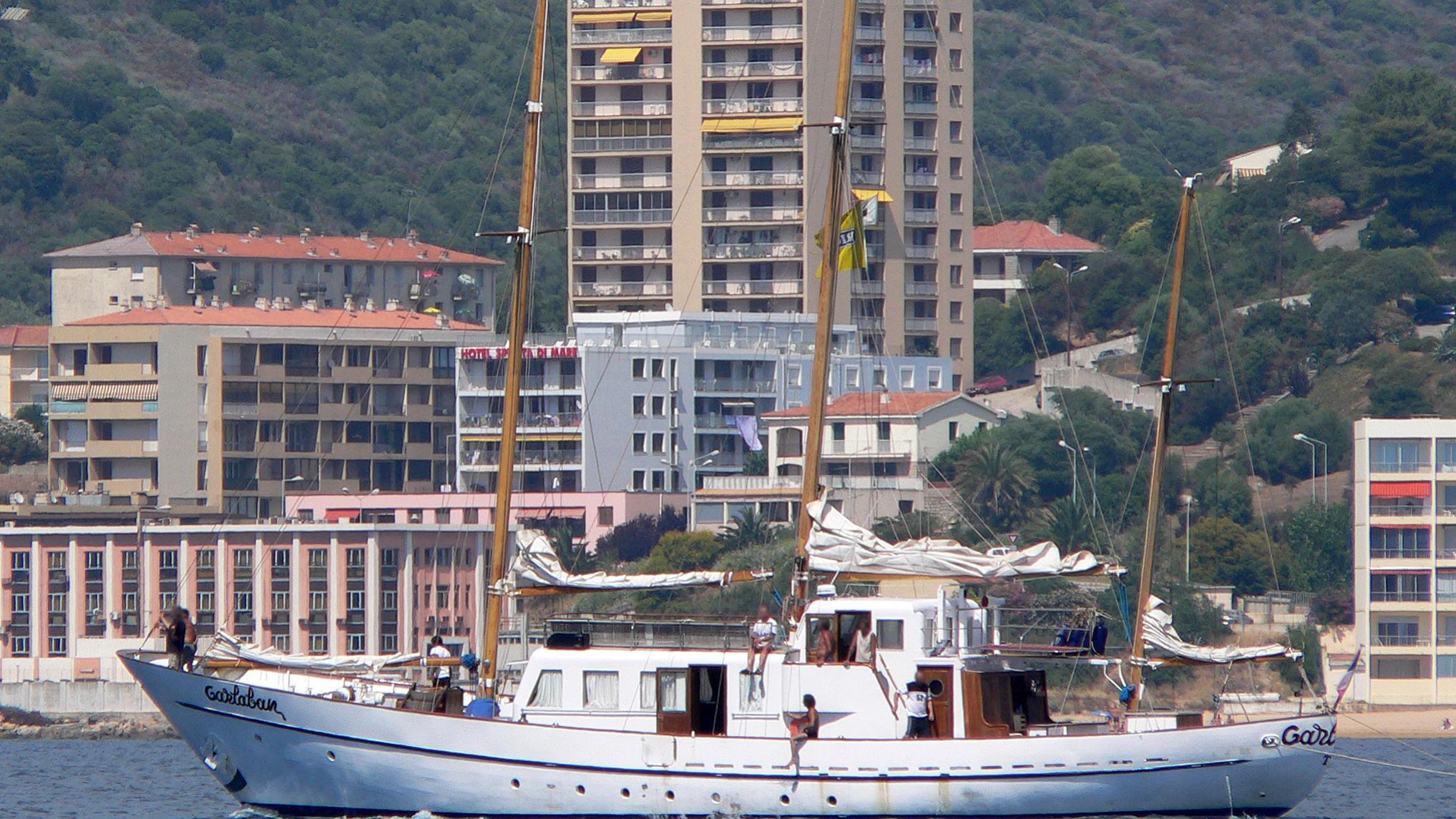 garlaban-yacht-exterior
